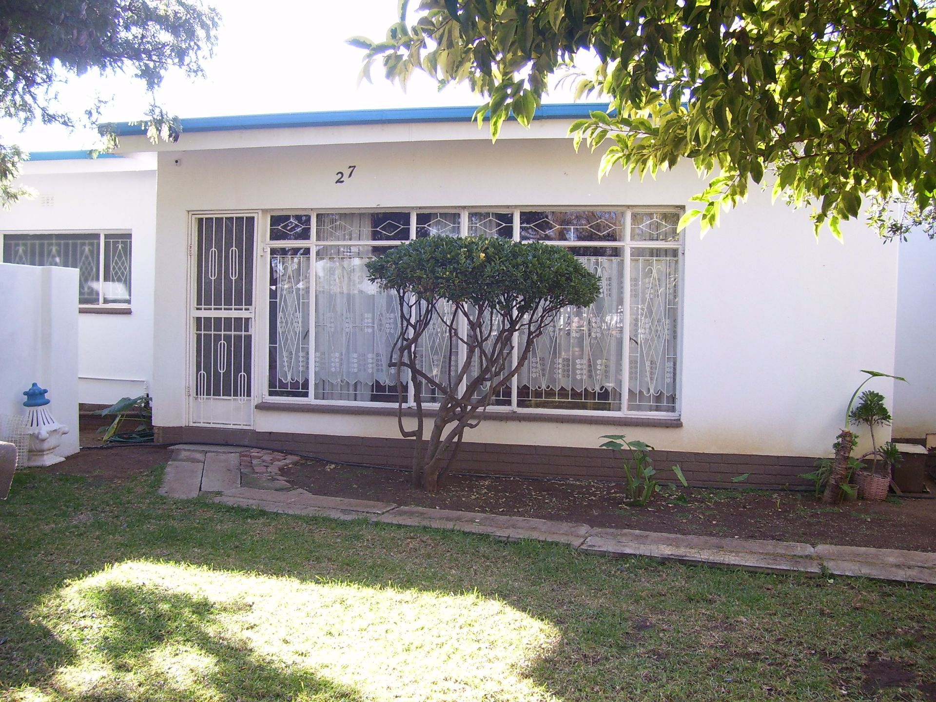 Suid Dorp property for sale. Ref No: 13503270. Picture no 3