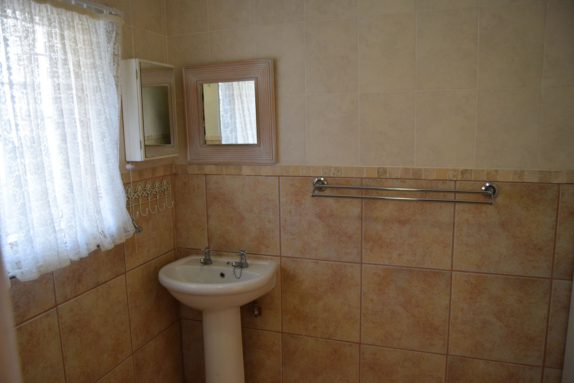 Potchefstroom Central property for sale. Ref No: 13506401. Picture no 23