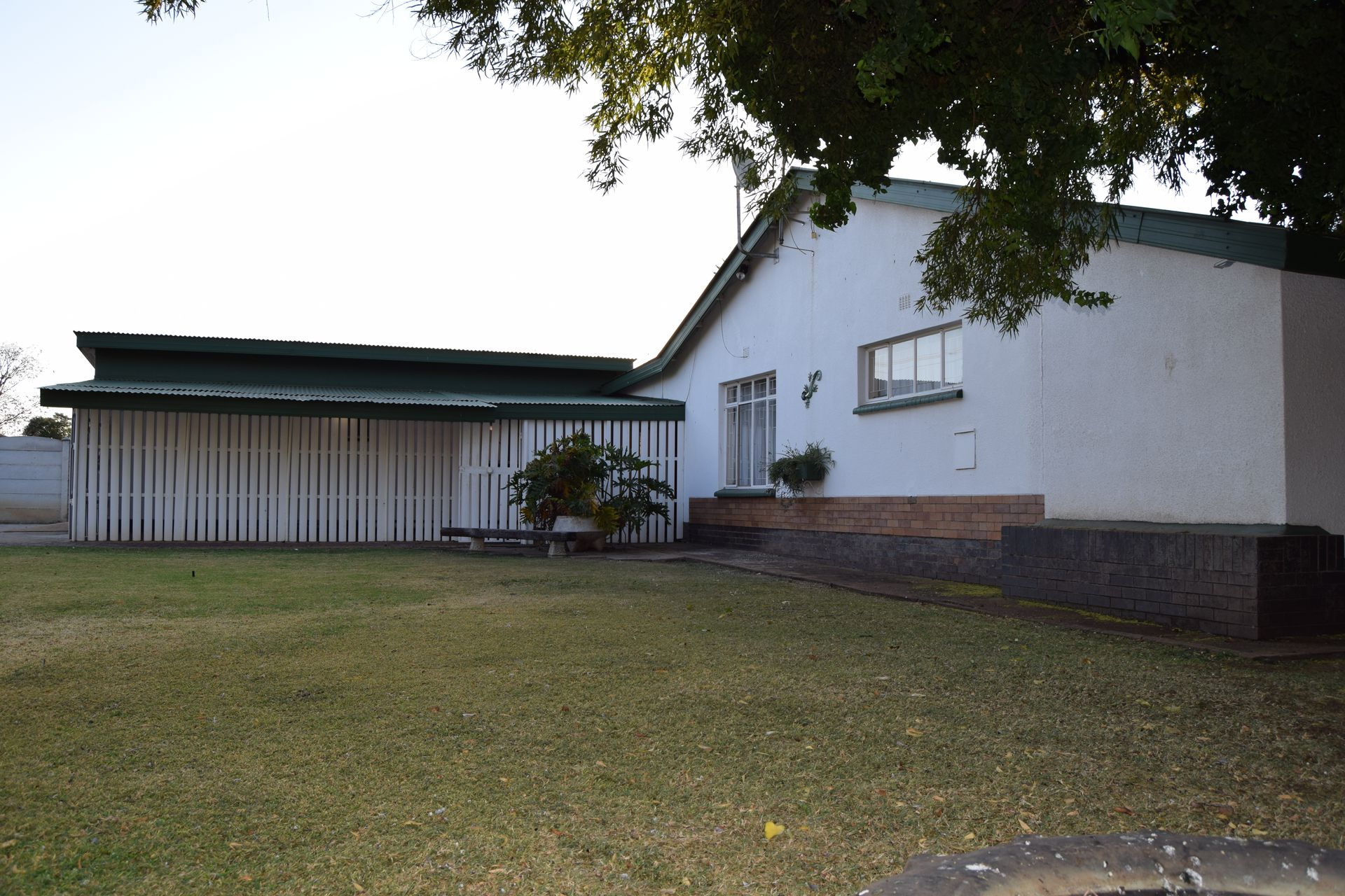 Potchefstroom Central property for sale. Ref No: 13506401. Picture no 2