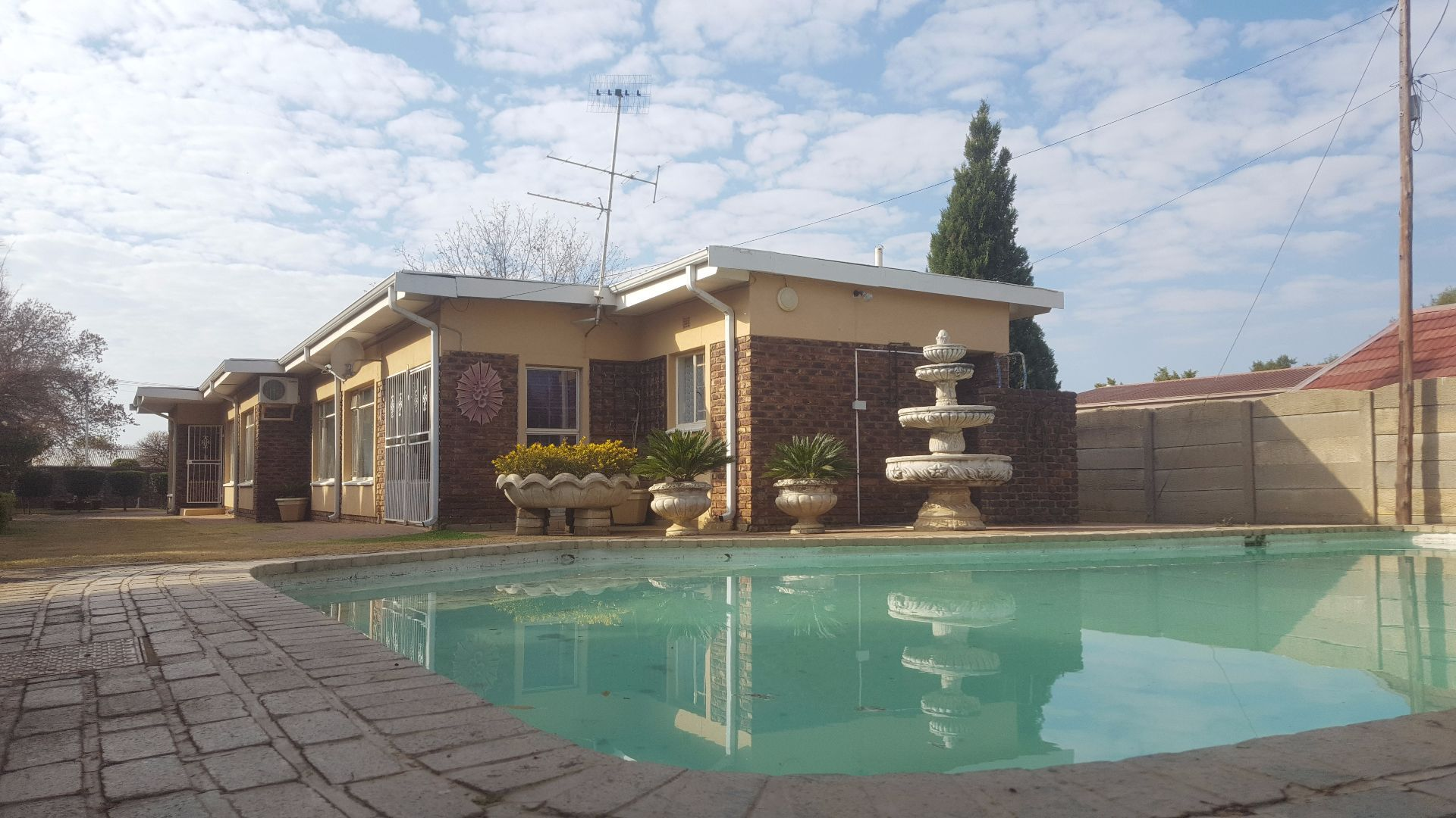 Potchefstroom, Suid Dorp Property    Houses To Rent Suid Dorp, SUID DORP, House 3 bedrooms property to rent Price:,  9,50*