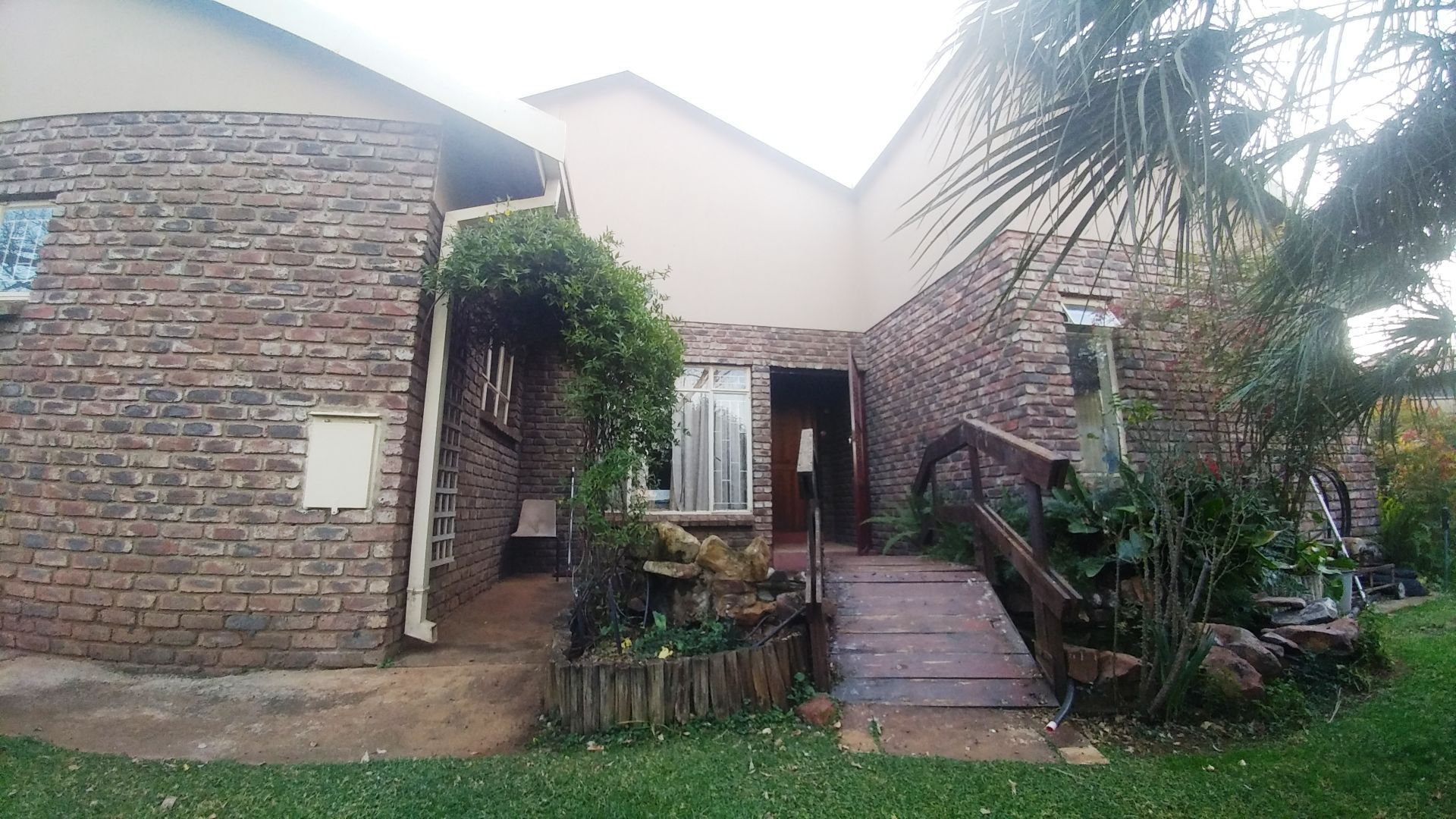 Potchefstroom Central property for sale. Ref No: 13508234. Picture no 1