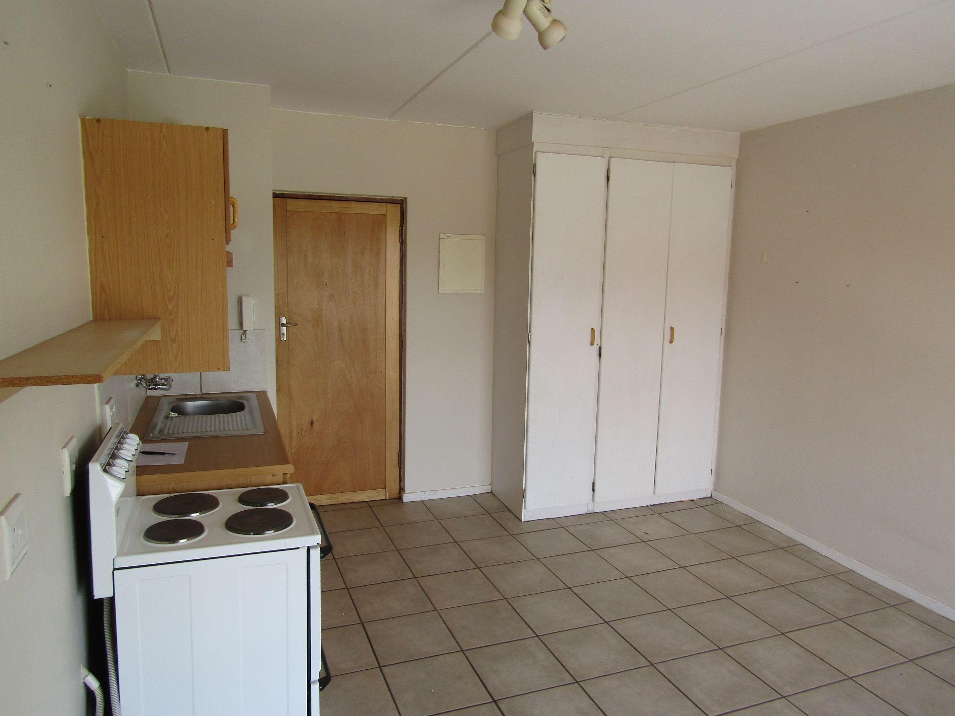 Kannoniers Park property for sale. Ref No: 13510733. Picture no 10
