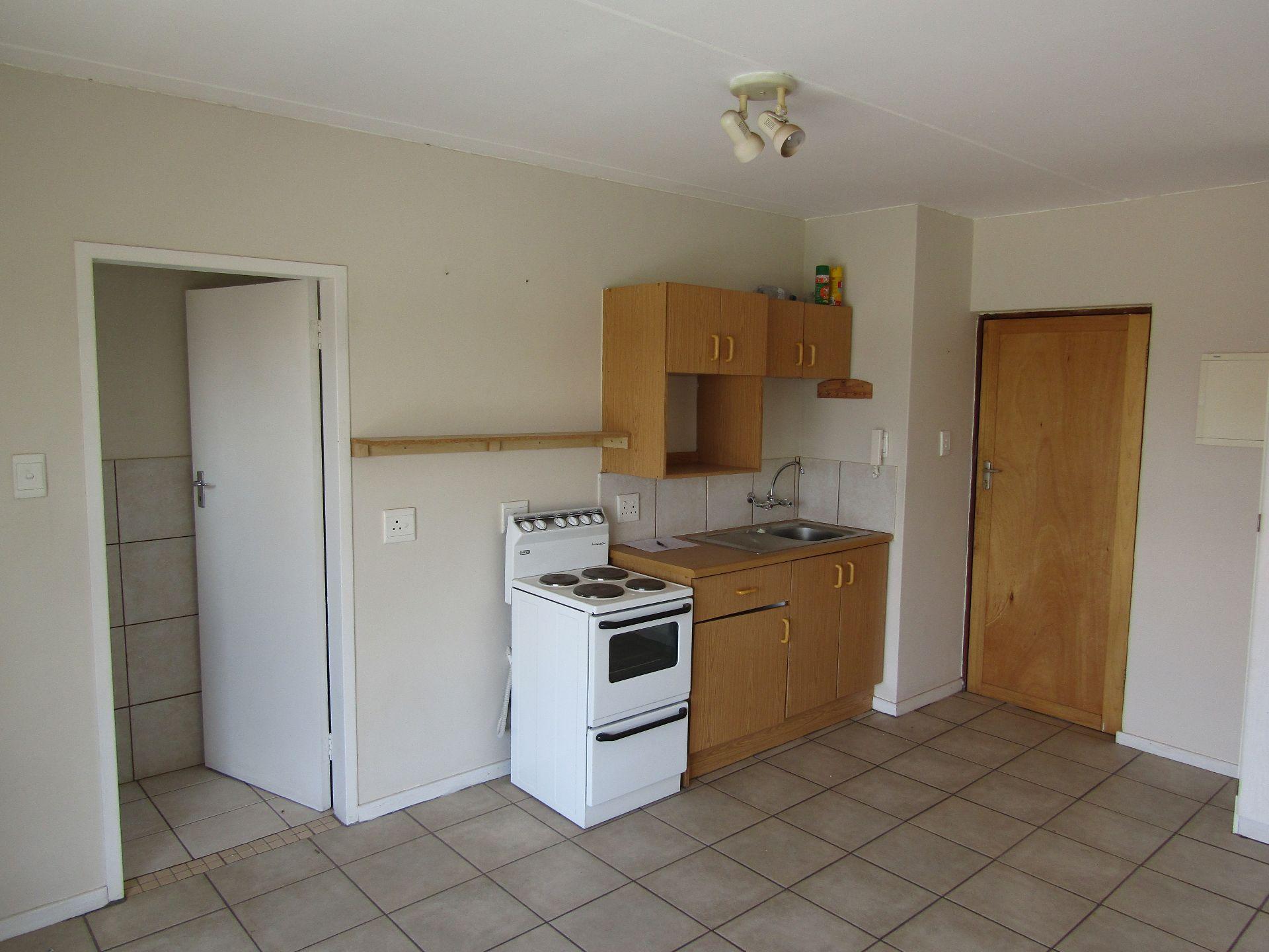 Kannoniers Park property for sale. Ref No: 13510733. Picture no 8