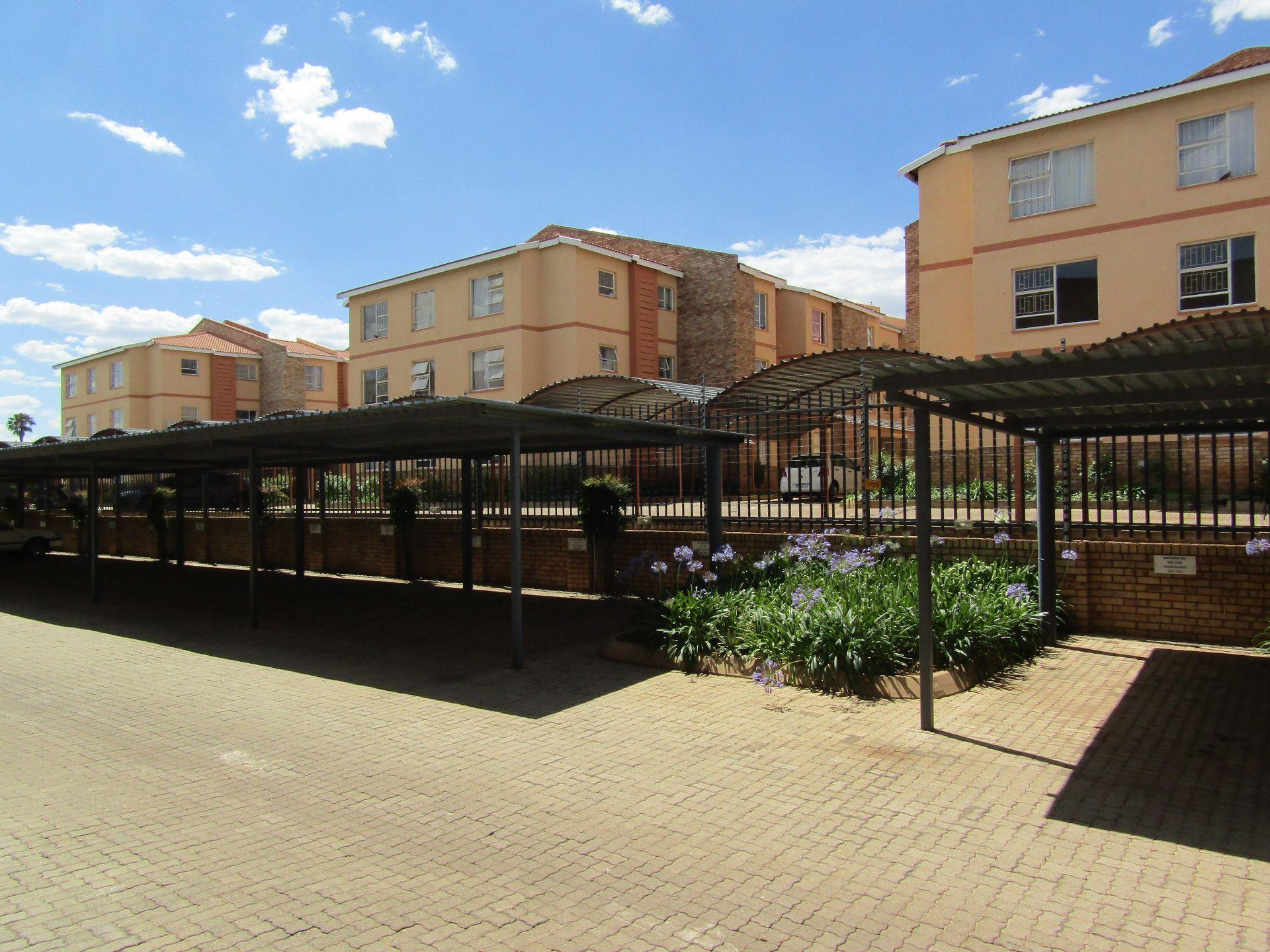 Kannoniers Park property for sale. Ref No: 13510733. Picture no 14
