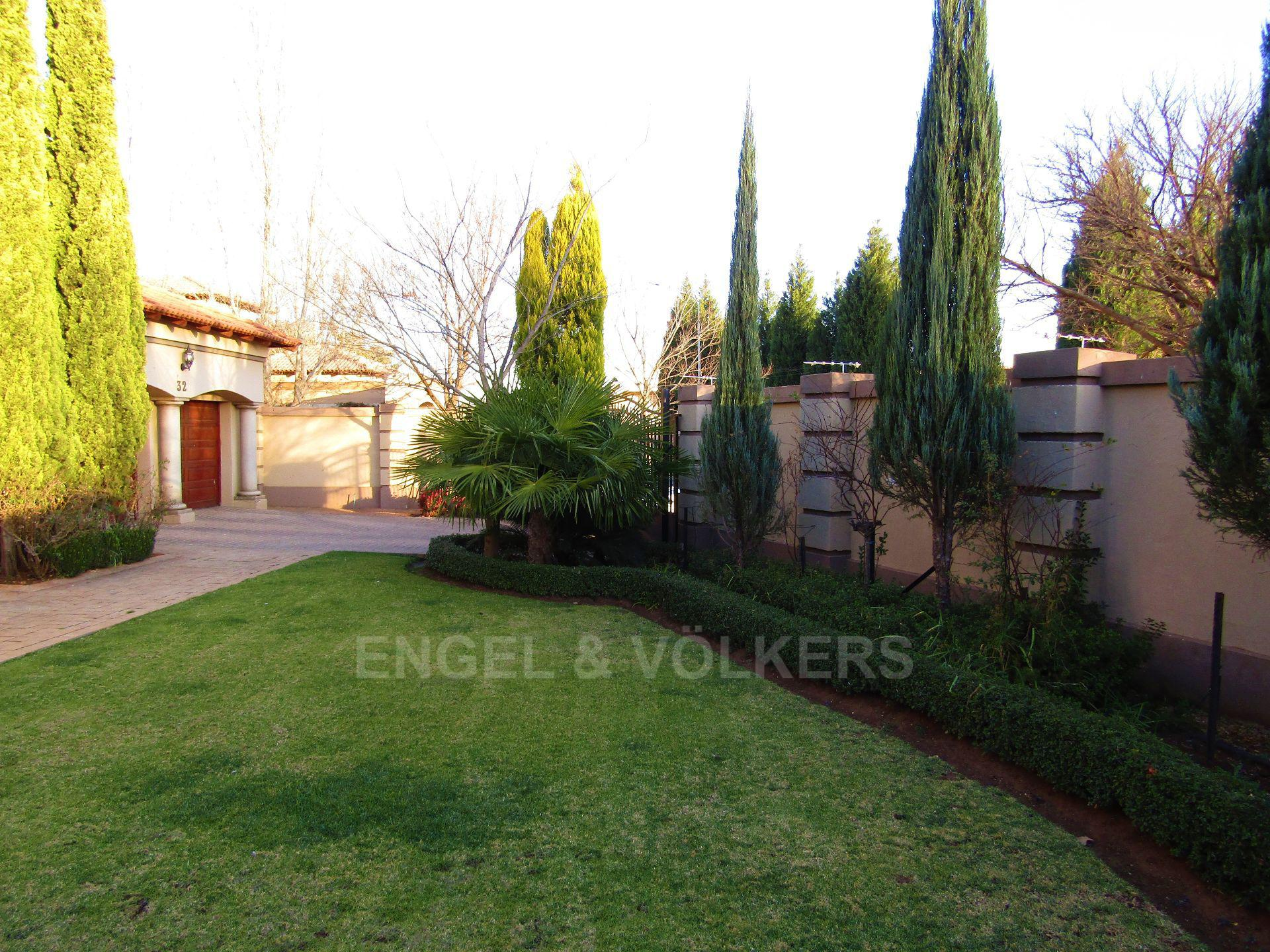 Van Der Hoff Park property for sale. Ref No: 13516976. Picture no 26