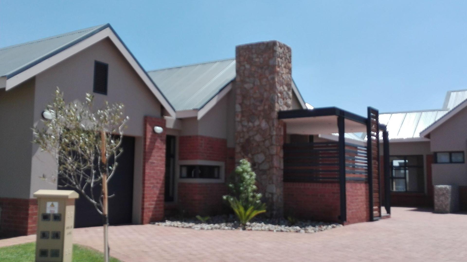Potchefstroom, De Land Estate Property  | Houses For Sale De Land Estate, DE LAND ESTATE, House 3 bedrooms property for sale Price:2,850,000