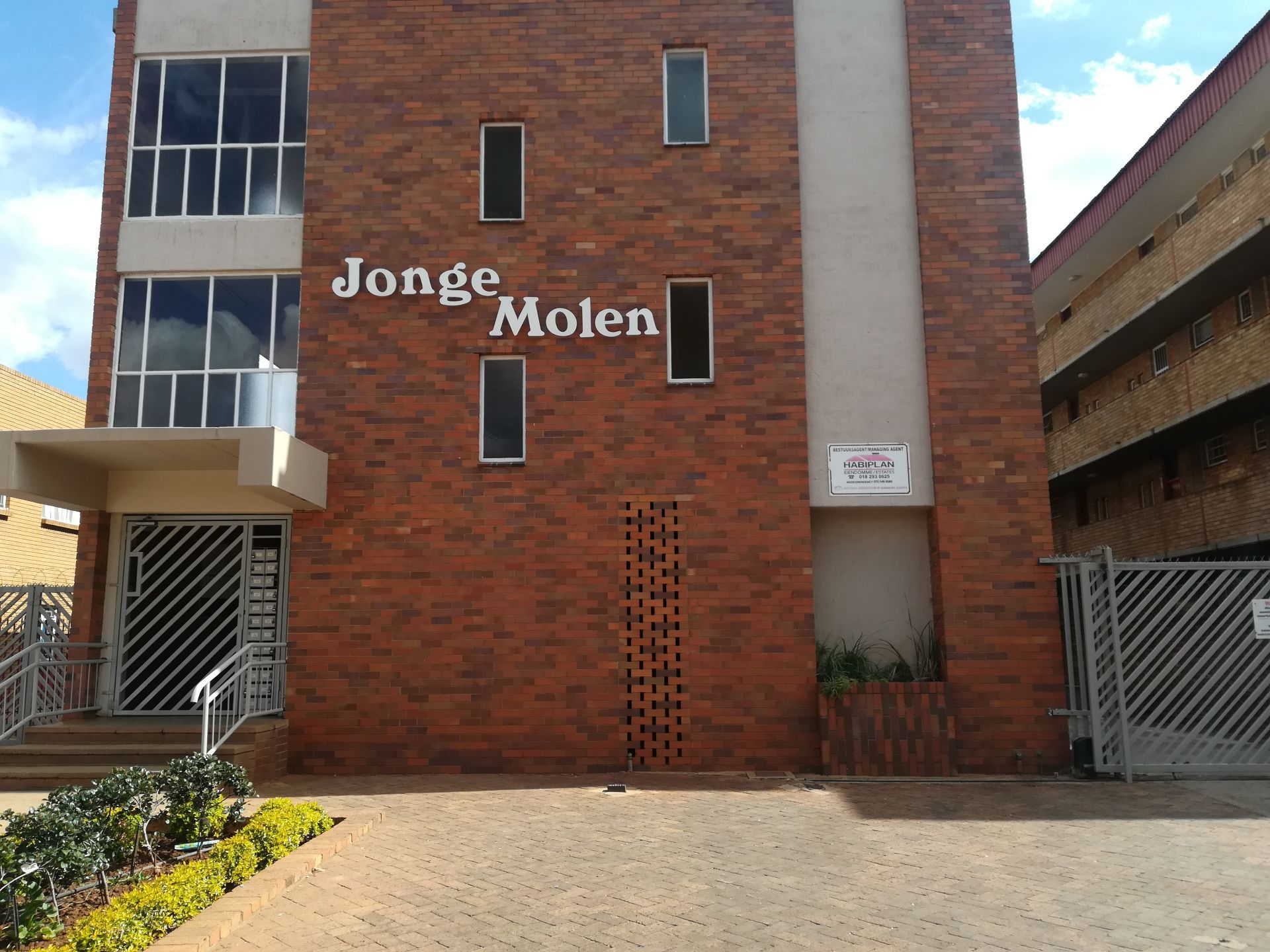 Potchefstroom, Potchefstroom Property  | Houses To Rent Potchefstroom, POTCHEFSTROOM, Apartment 1 bedrooms property to rent Price:,  2,50*