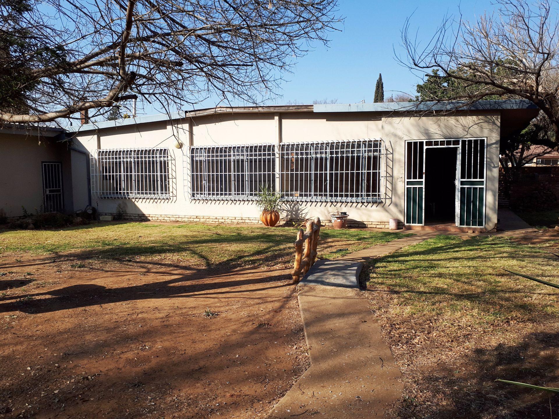 Potchefstroom, Potchefstroom Central Property  | Houses To Rent Potchefstroom Central, POTCHEFSTROOM CENTRAL, House 3 bedrooms property to rent Price:,  7,90*