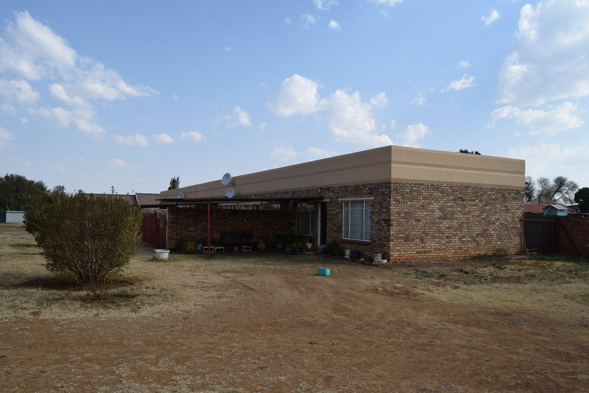 Baillie Park property for sale. Ref No: 13524520. Picture no 1