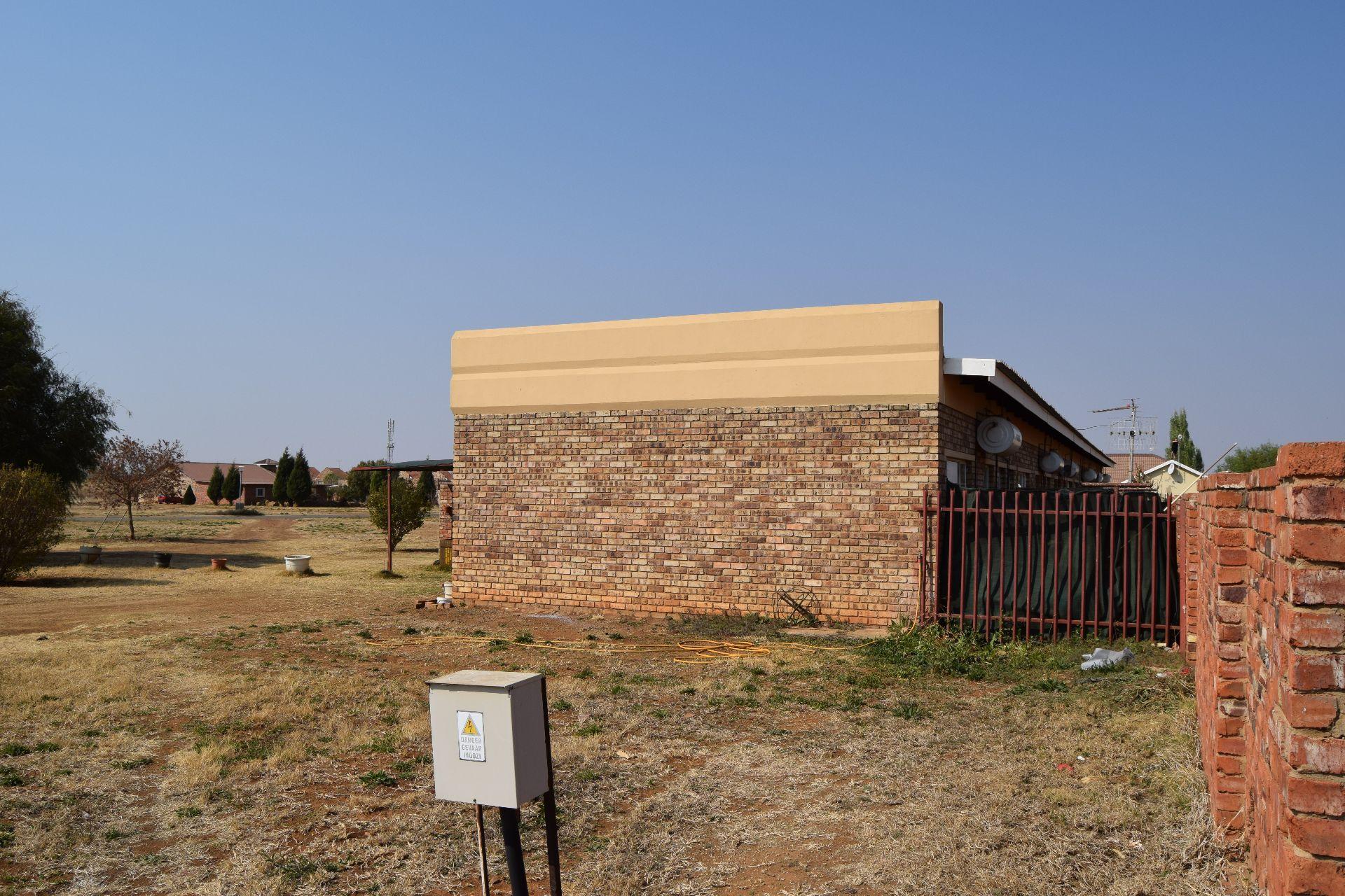 Baillie Park property for sale. Ref No: 13524520. Picture no 6