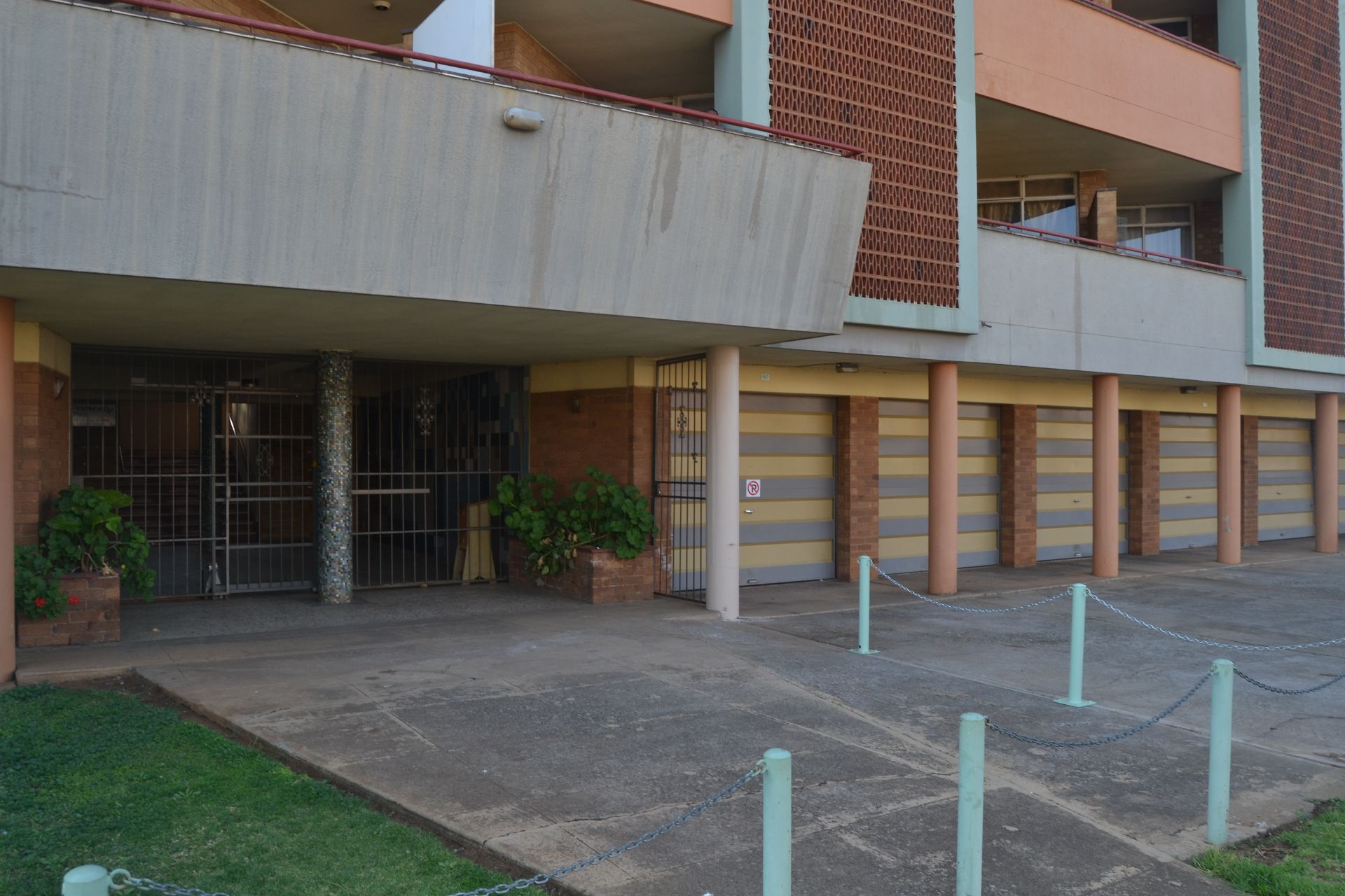 Potchefstroom Central property for sale. Ref No: 13526102. Picture no 3