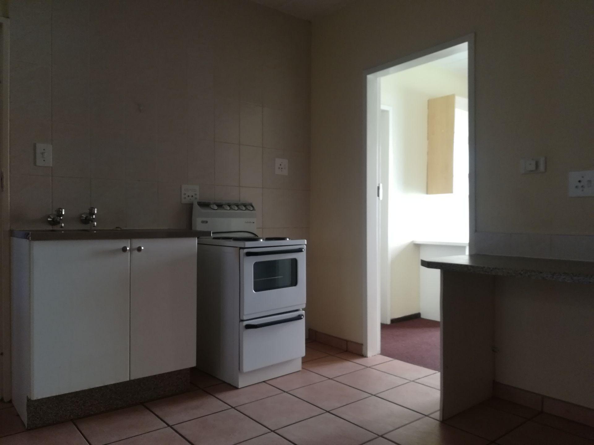Potchefstroom property to rent. Ref No: 13536416. Picture no 11