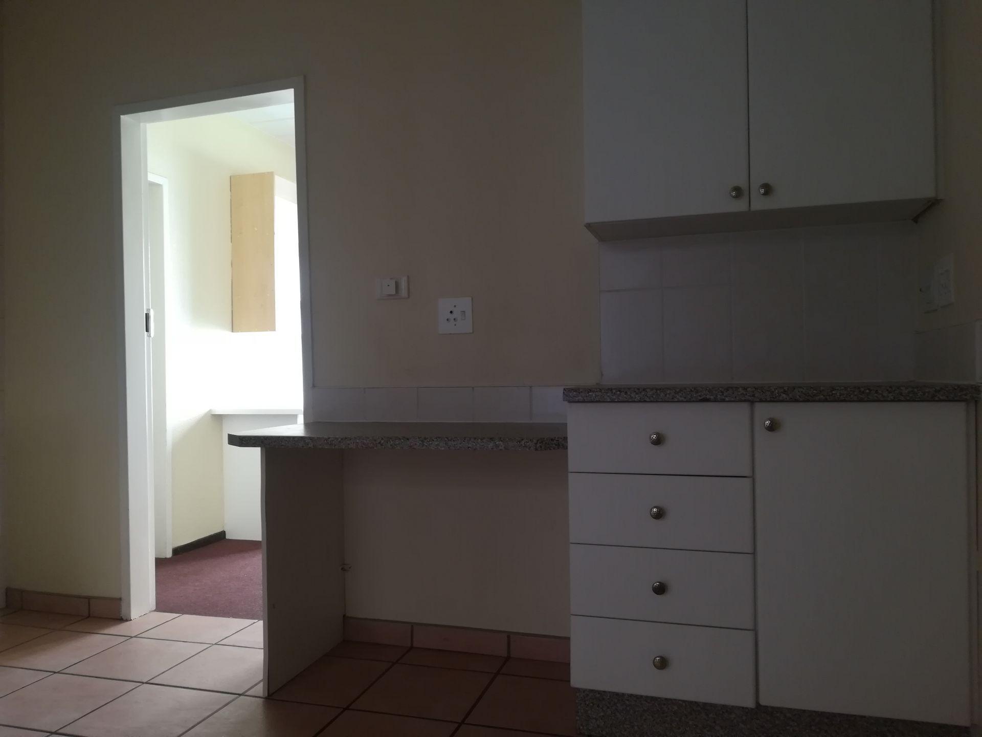 Potchefstroom property to rent. Ref No: 13536416. Picture no 14
