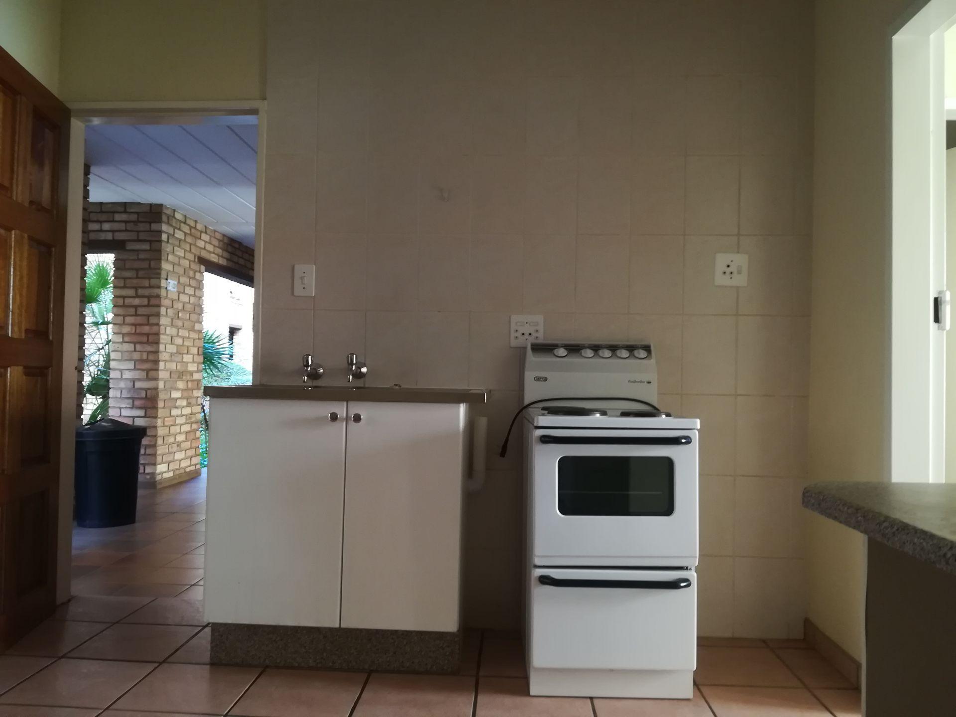 Potchefstroom property to rent. Ref No: 13536416. Picture no 12