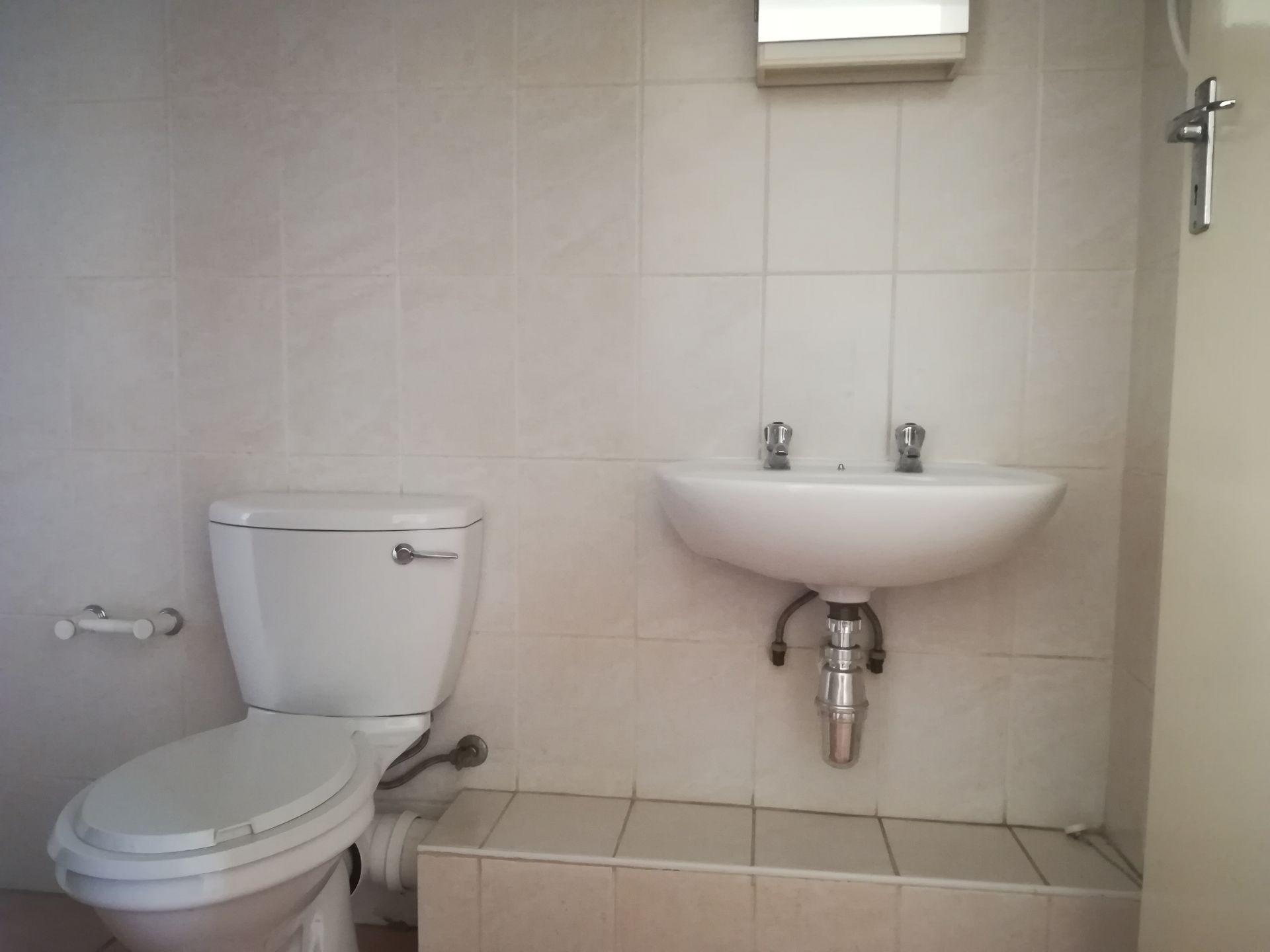 Potchefstroom property to rent. Ref No: 13536416. Picture no 20