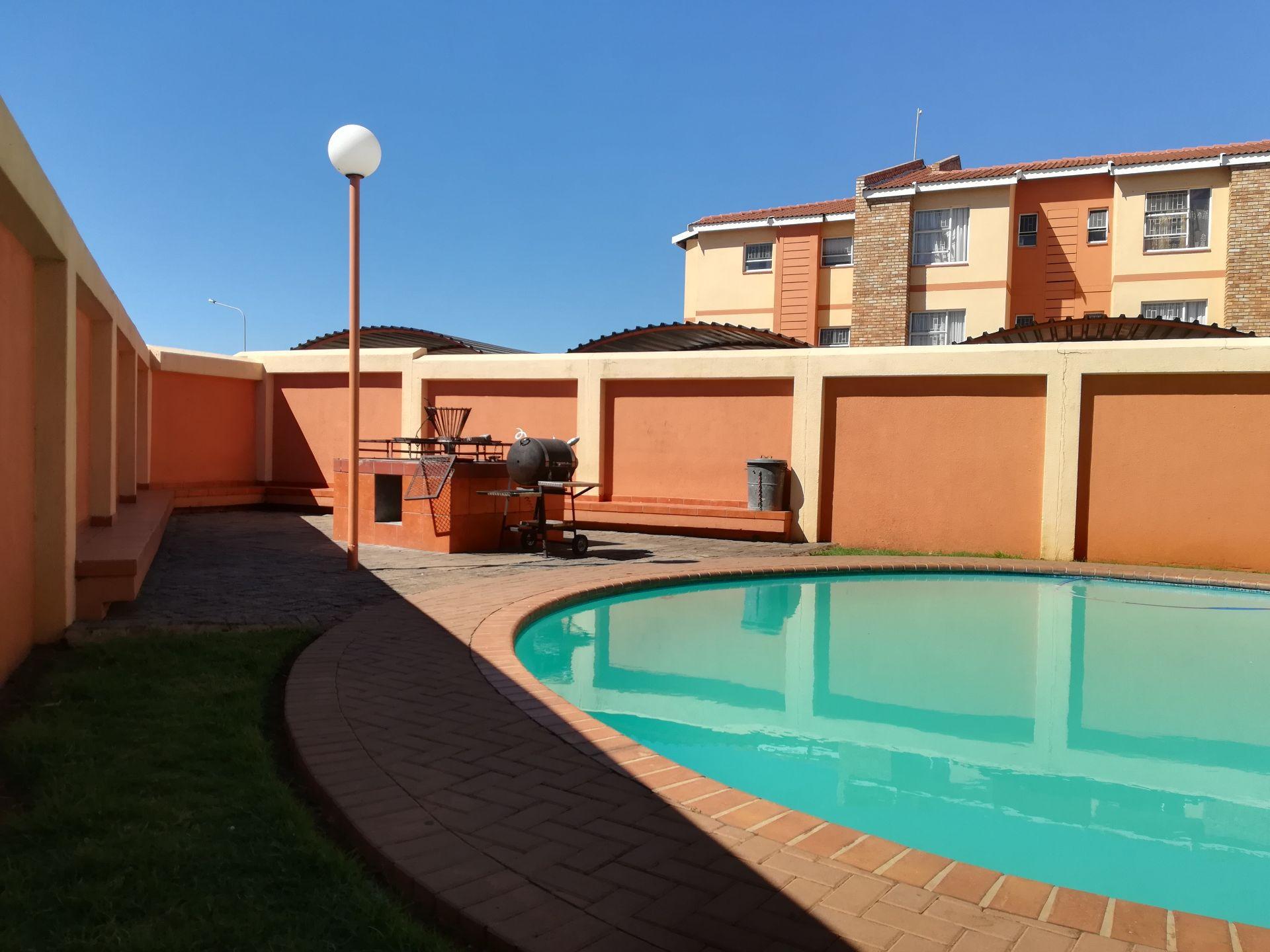 Potchefstroom property to rent. Ref No: 13536416. Picture no 4