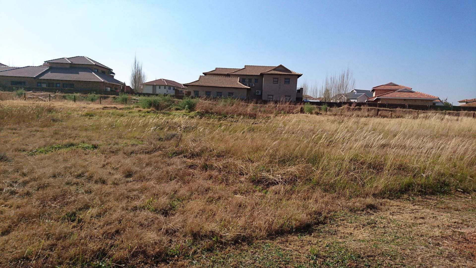 Tuscany Ridge property for sale. Ref No: 13555141. Picture no 1