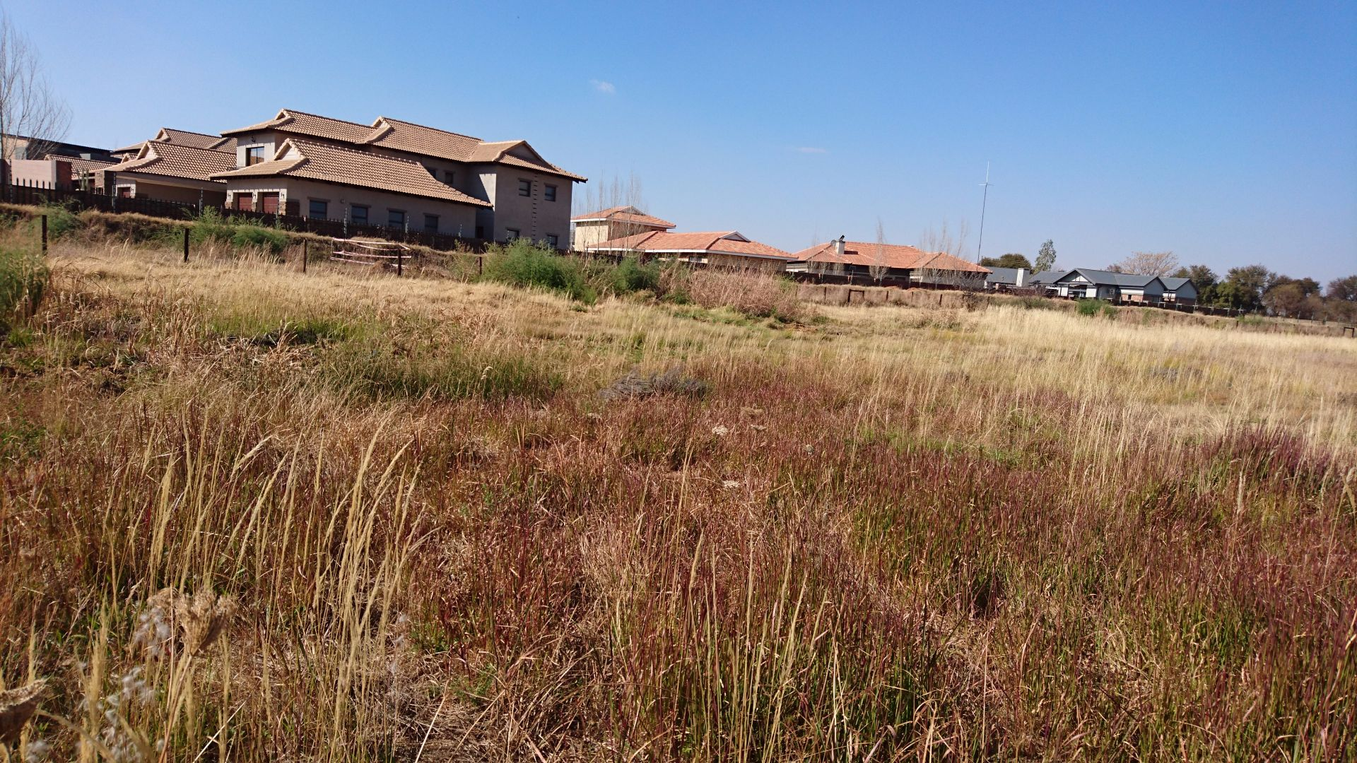 Tuscany Ridge property for sale. Ref No: 13555141. Picture no 11