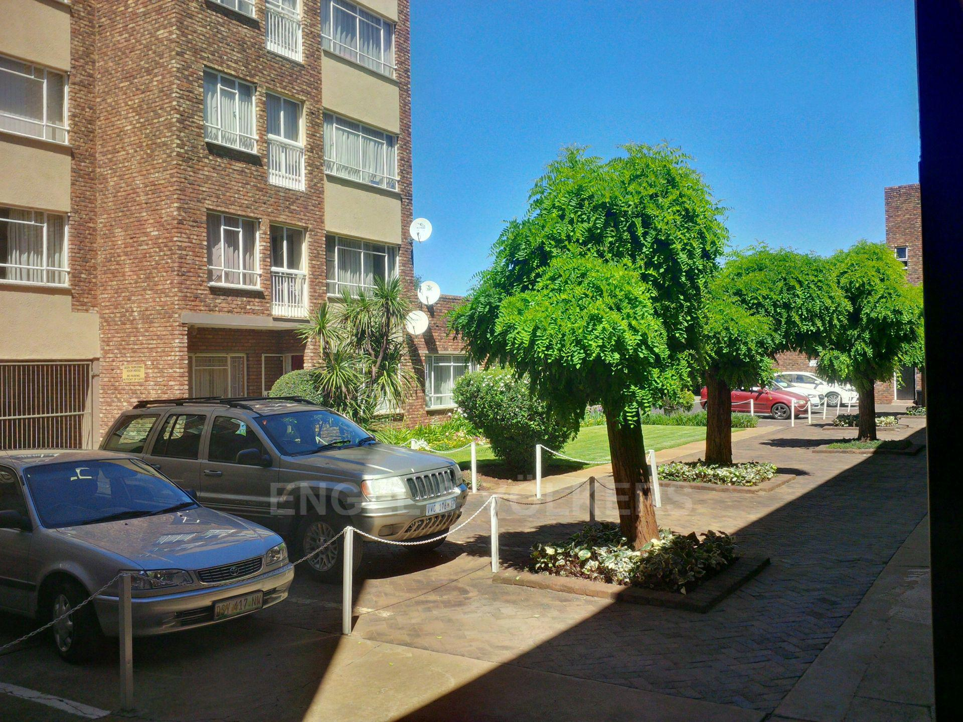Potchefstroom Central property for sale. Ref No: 13549283. Picture no 2