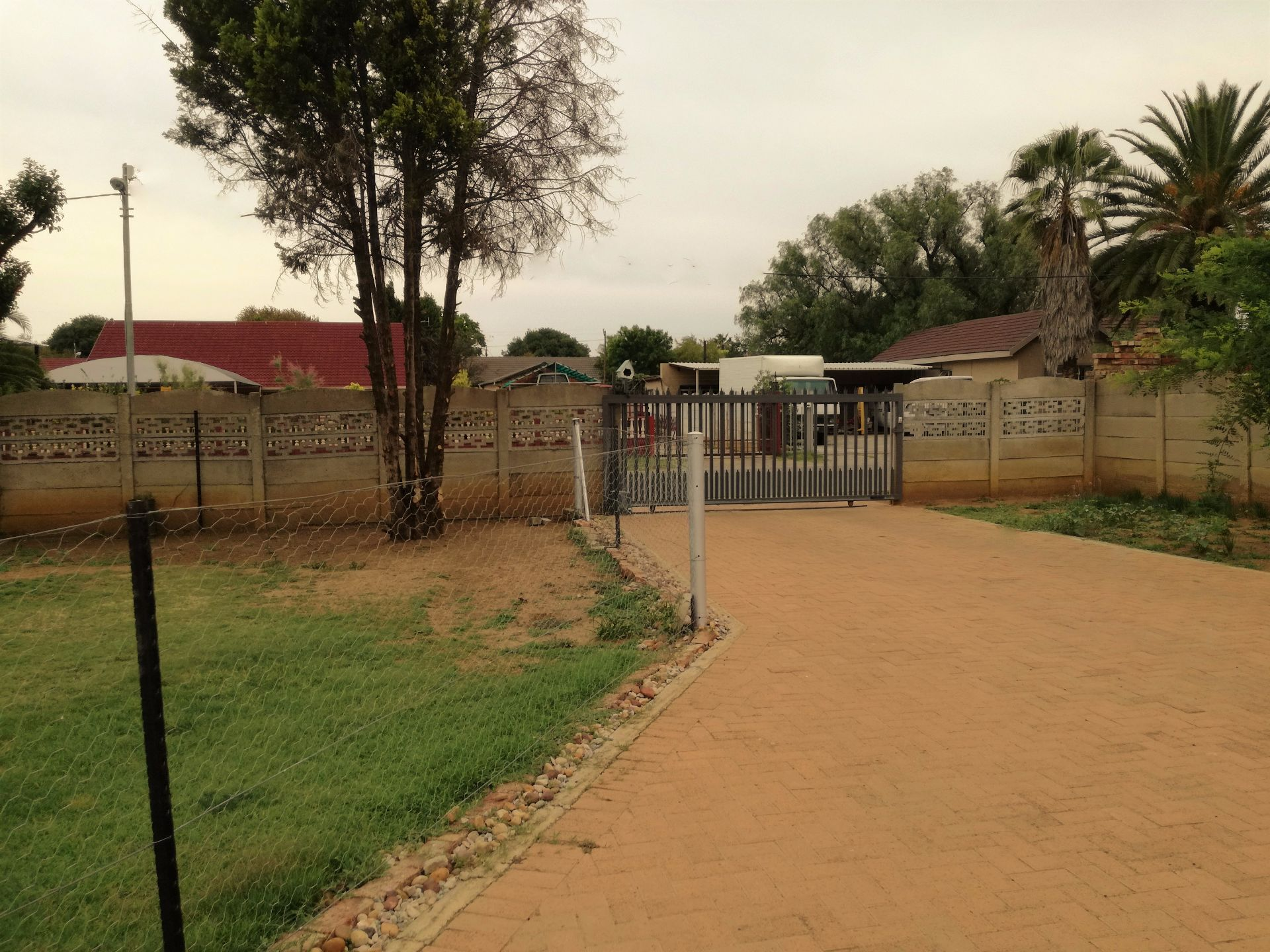 Potchefstroom Central property for sale. Ref No: 13623596. Picture no 4