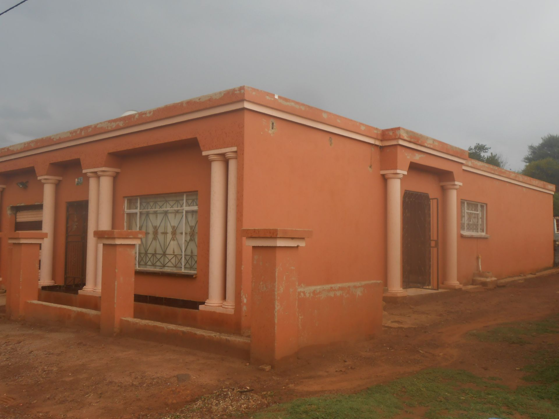 Ikageng property for sale. Ref No: 13564517. Picture no 2