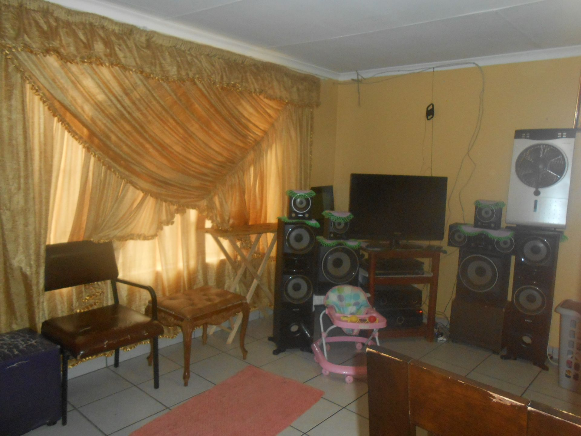 Ikageng property for sale. Ref No: 13564517. Picture no 10