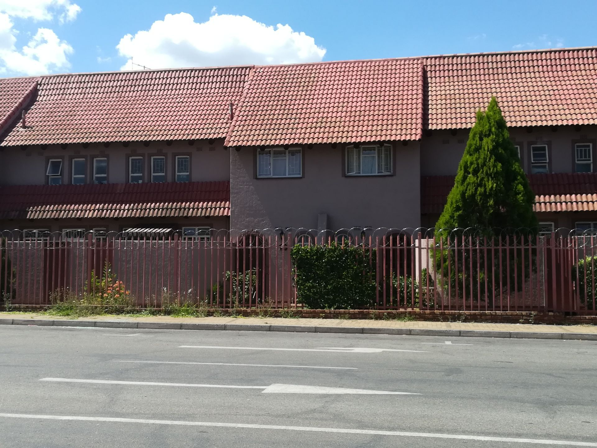 Property and Houses to rent in Potchefstroom, Duplex, 2 Bedrooms - ZAR ,  5,00*,M