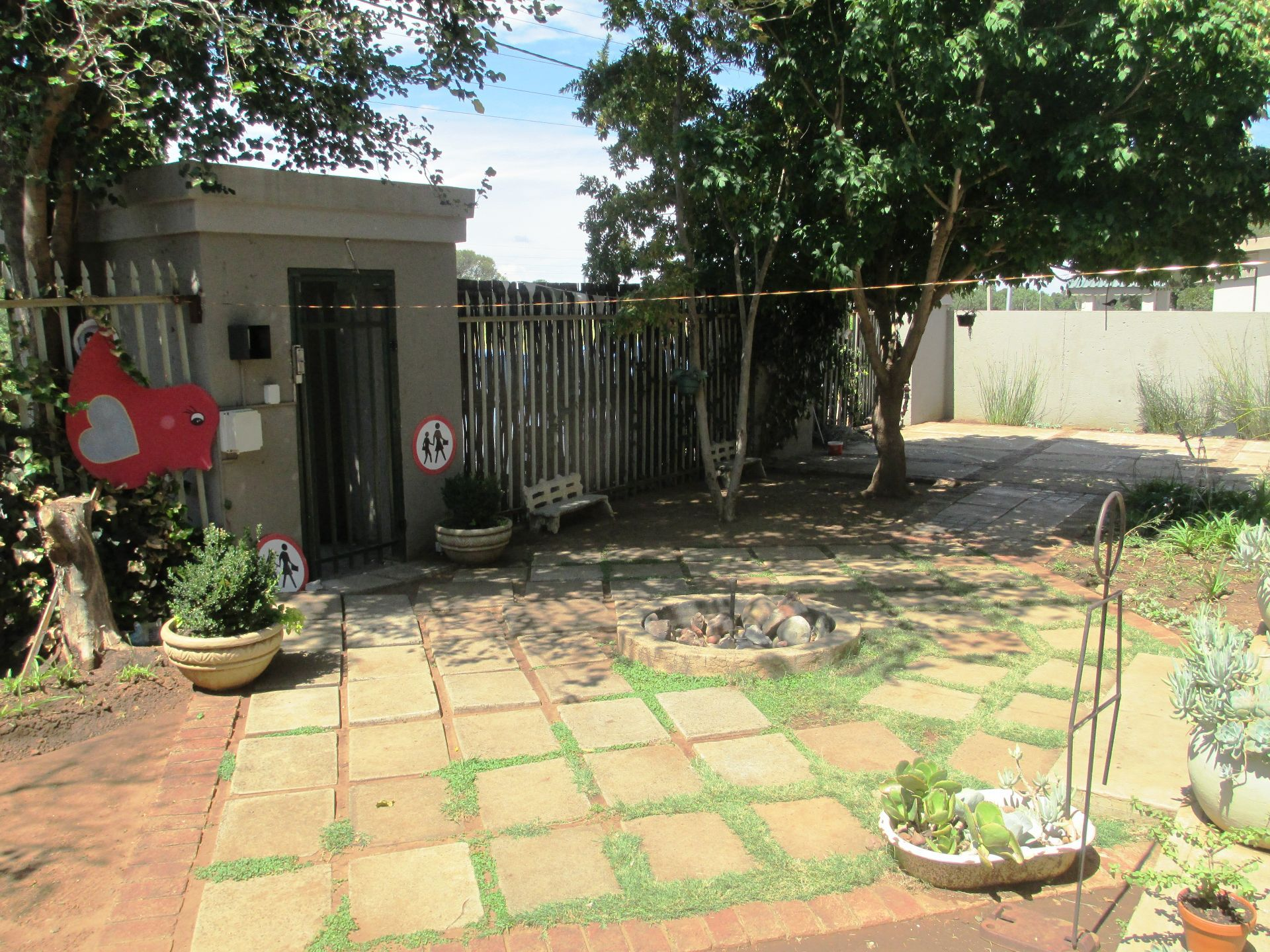 Potchefstroom Central property for sale. Ref No: 13580277. Picture no 4