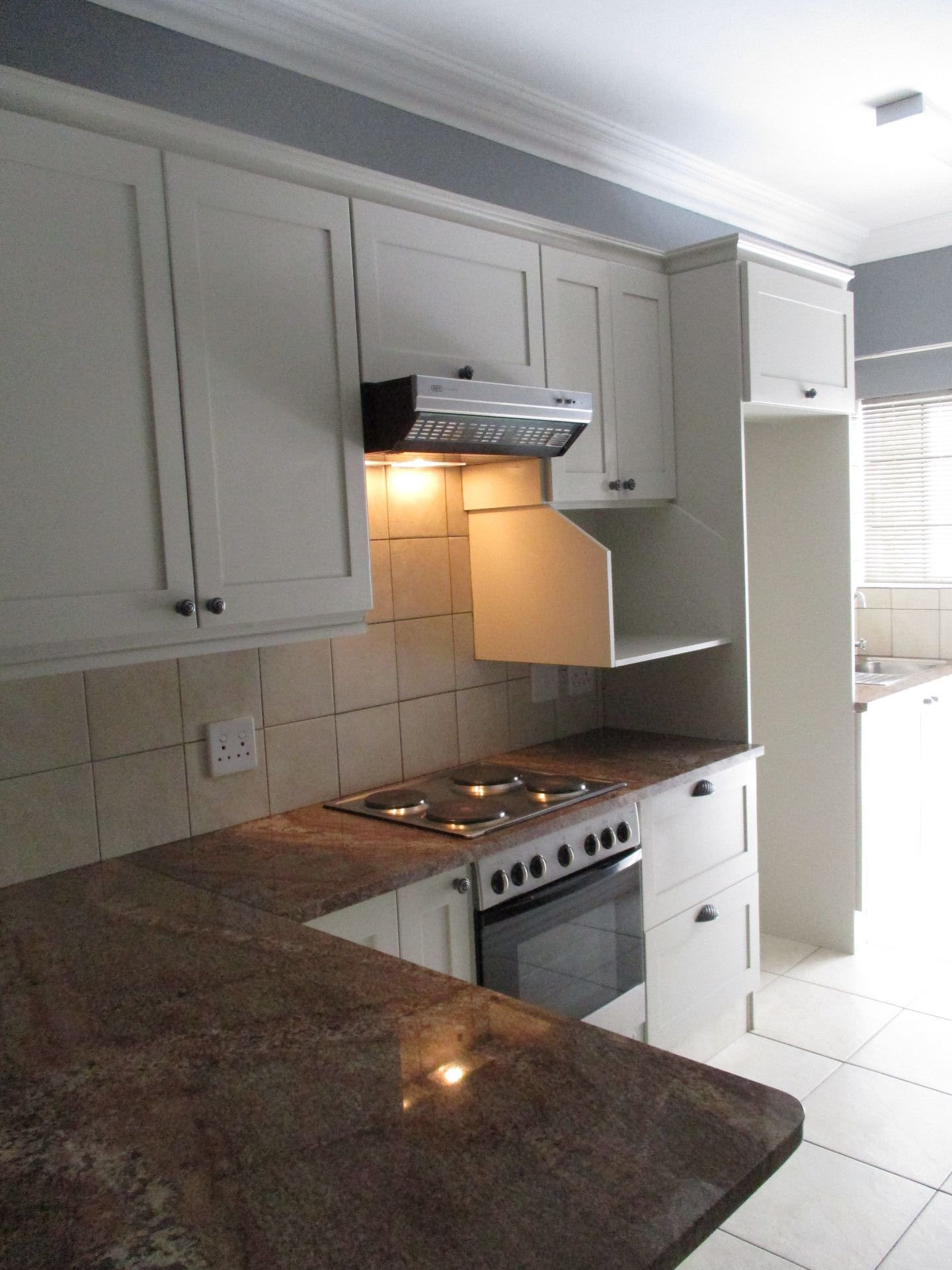 Die Bult property to rent. Ref No: 13585888. Picture no 11