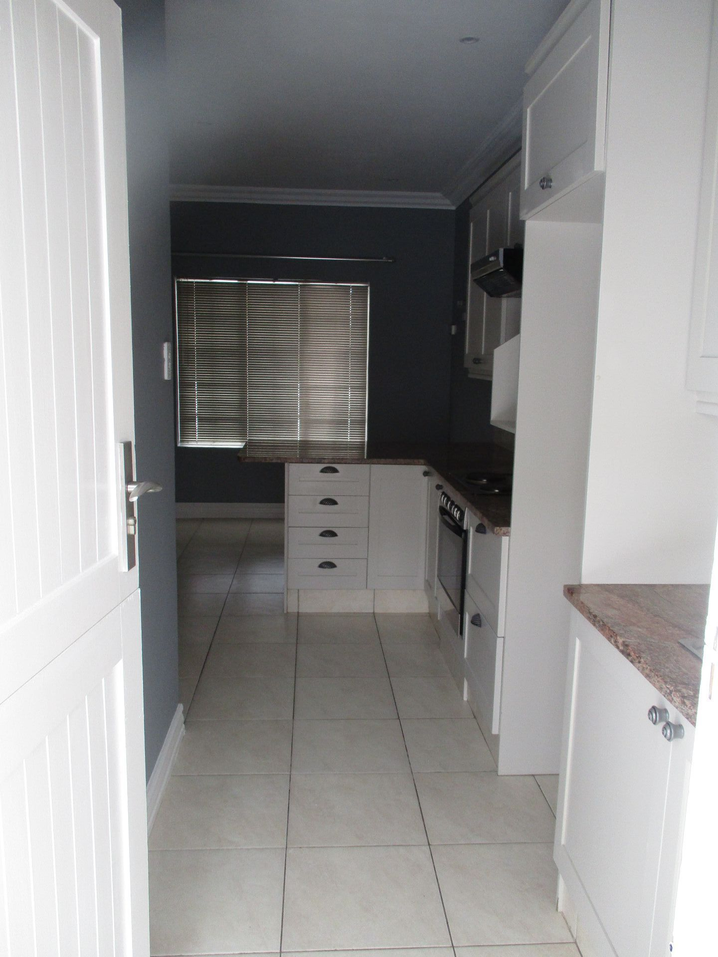 Die Bult property to rent. Ref No: 13585888. Picture no 12