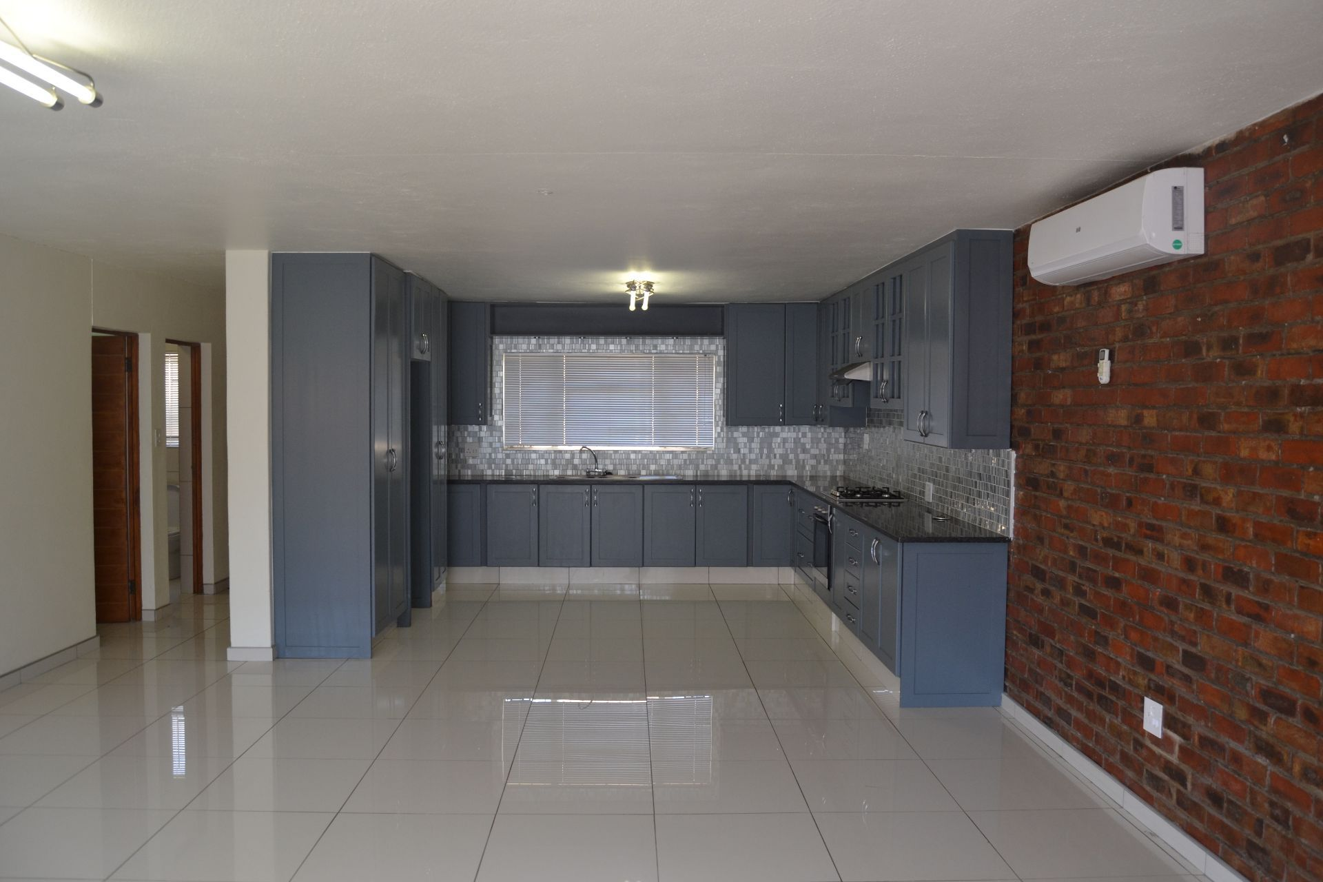 Potchefstroom Central property for sale. Ref No: 13605114. Picture no 2