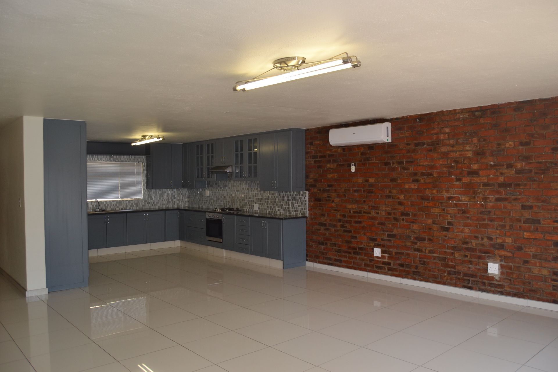 Potchefstroom Central property for sale. Ref No: 13605114. Picture no 4