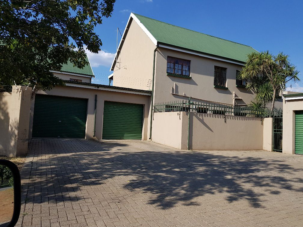 Potchefstroom, Potchefstroom Property  | Houses To Rent Potchefstroom, POTCHEFSTROOM, Duplex 3 bedrooms property to rent Price:,  5,00*