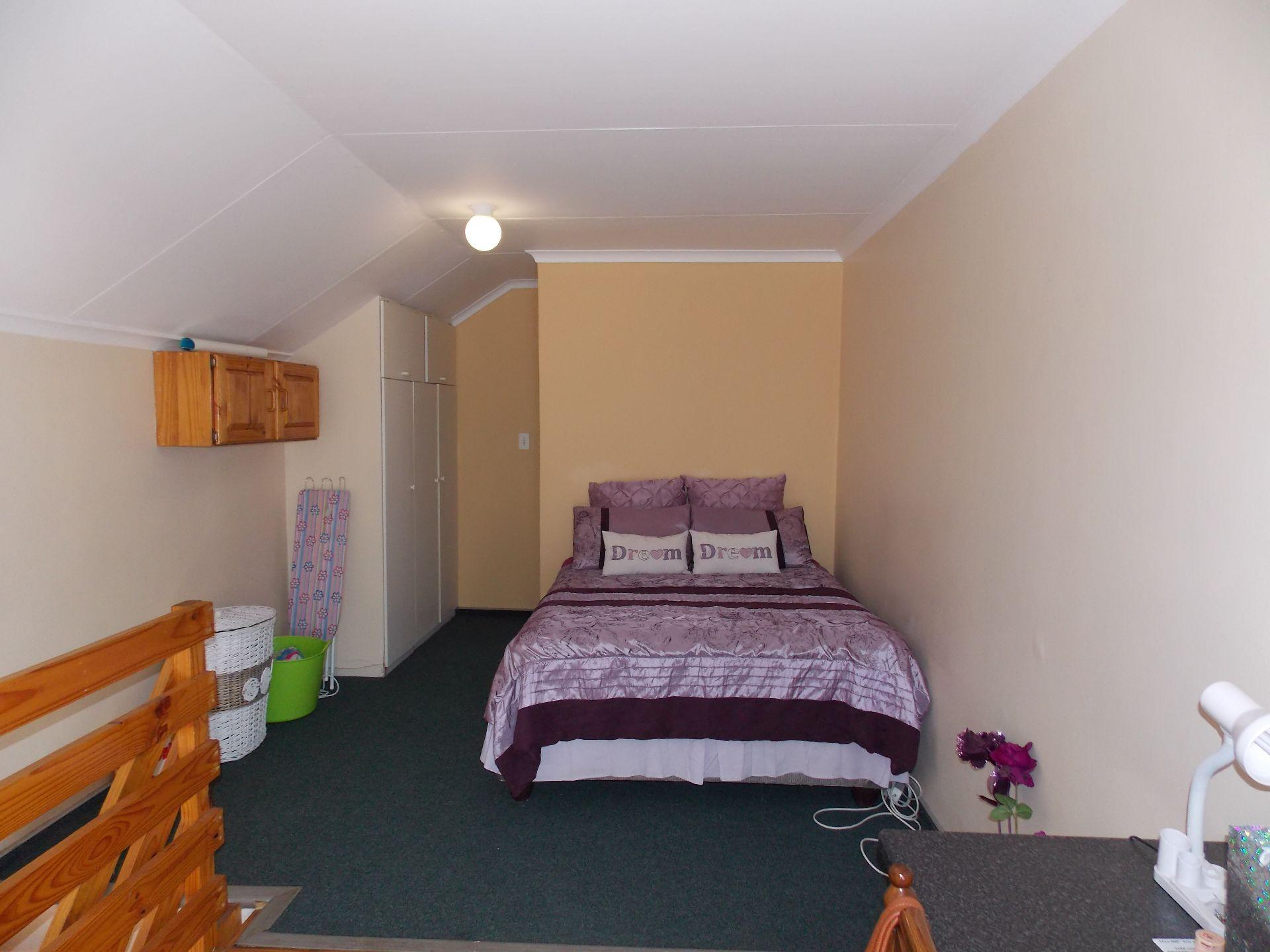 Kannoniers Park property for sale. Ref No: 13623610. Picture no 9