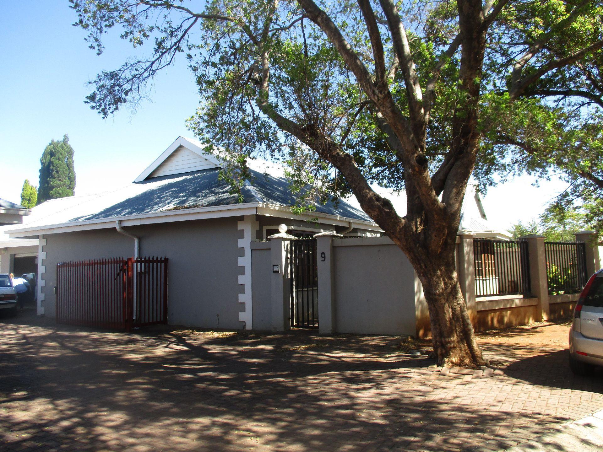 Potchefstroom, Die Bult Property  | Houses To Rent Die Bult, DIE BULT, Simplex 3 bedrooms property to rent Price:,  8,39*