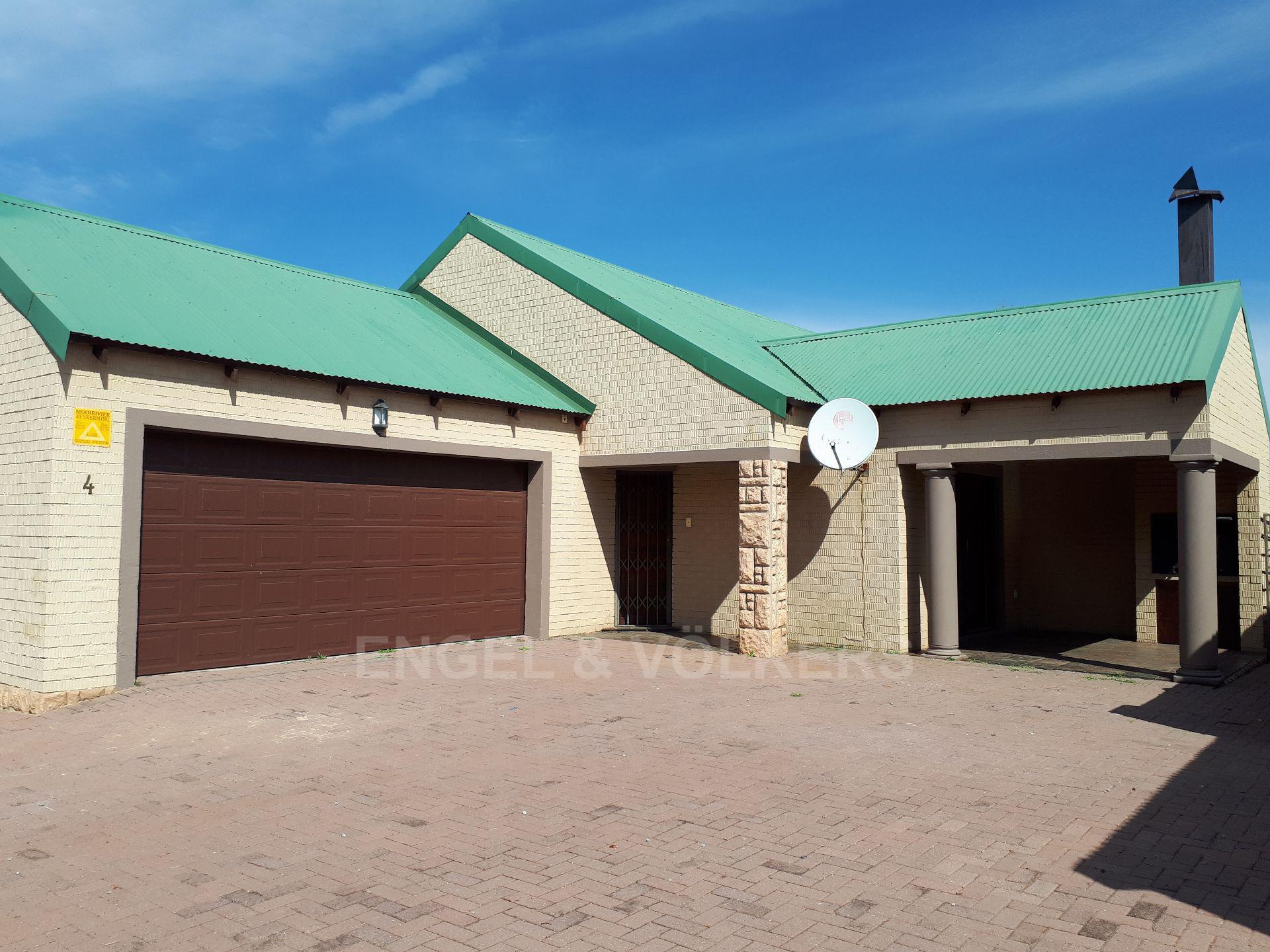 Potchefstroom, Van Der Hoff Park Property  | Houses To Rent Van Der Hoff Park, VAN DER HOFF PARK, Simplex 3 bedrooms property to rent Price:,  9,00*
