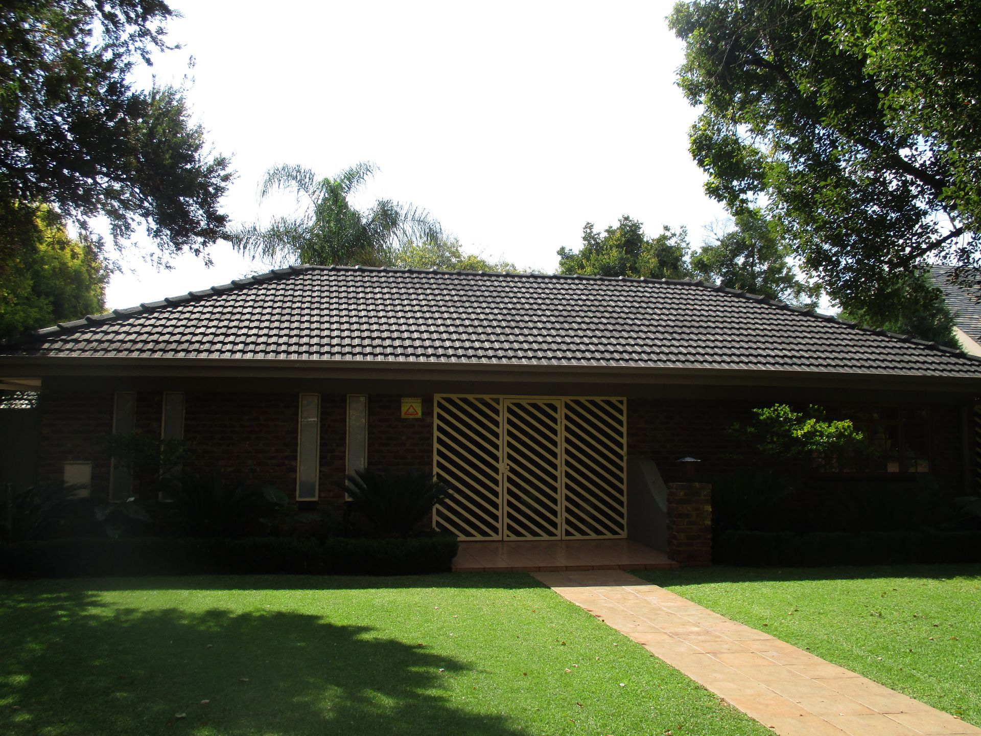 Property and Houses to rent in Potchefstroom Central, House, 4 Bedrooms - ZAR , 12,00*,M