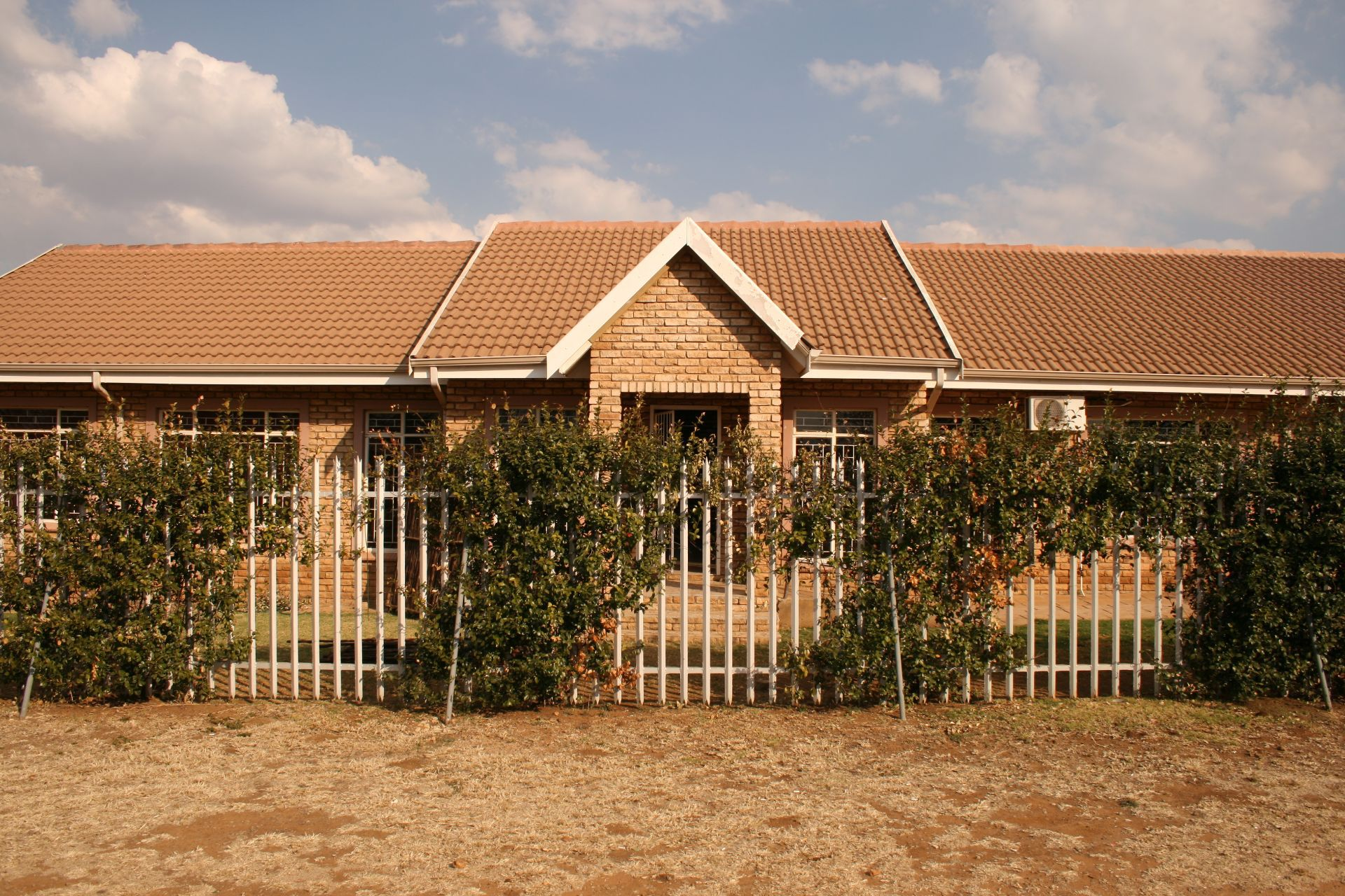 Property and Houses to rent in Miederpark, Commercial - ZAR ,  7,44*,M