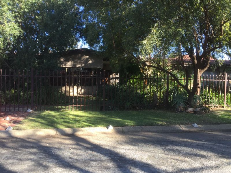 Potchefstroom, Baillie Park Property  | Houses To Rent Baillie Park, BAILLIE PARK, House 3 bedrooms property to rent Price:, 11,60*