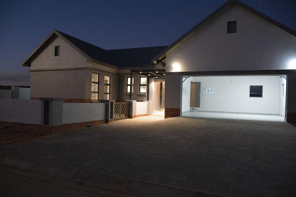 Potchefstroom, De Land Estate Property    Houses For Sale De Land Estate, DE LAND ESTATE, House 3 bedrooms property for sale Price:2,560,000