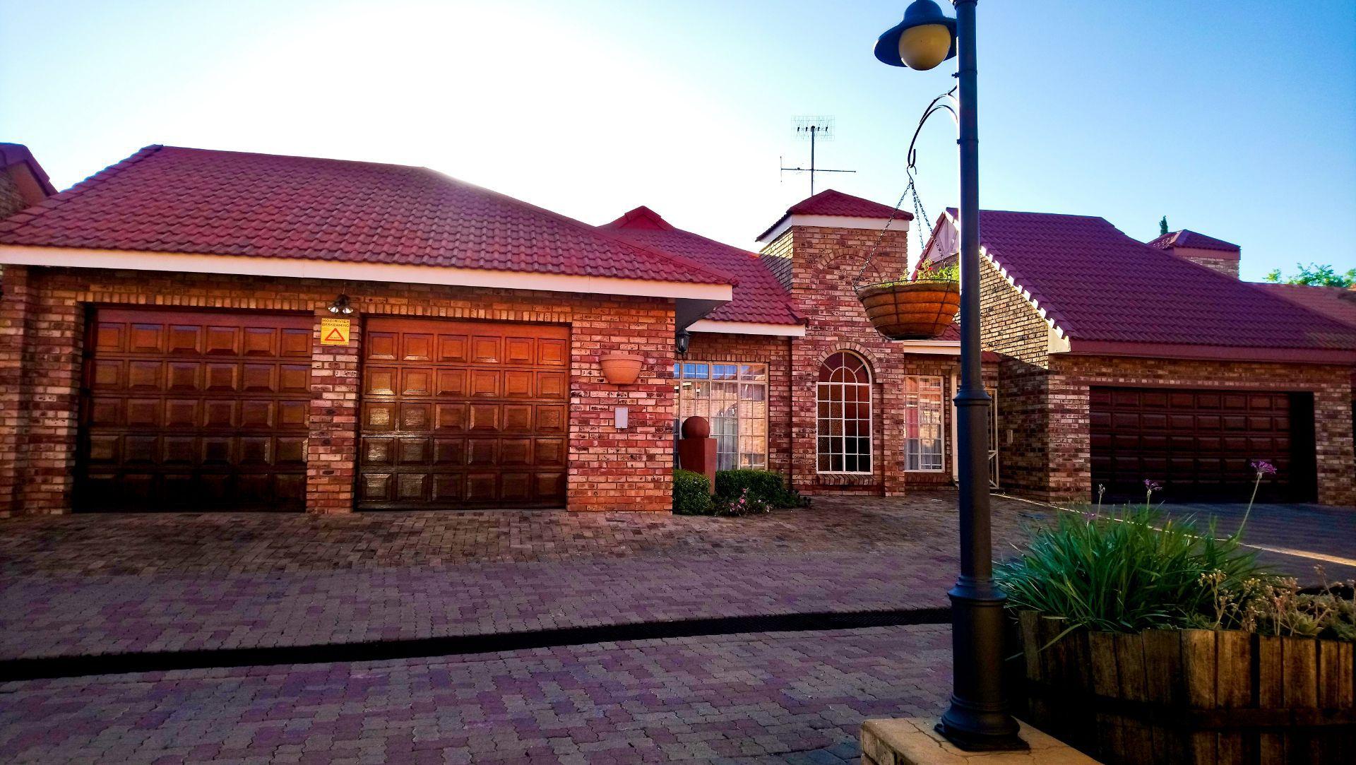 Potchefstroom, Heilige Akker Property  | Houses For Sale Heilige Akker, HEILIGE AKKER, House 4 bedrooms property for sale Price:2,500,000