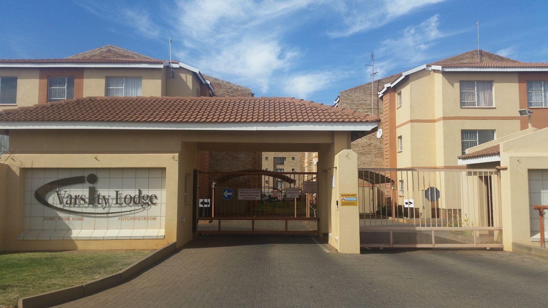 Potchefstroom, Kannoniers Park Property  | Houses To Rent Kannoniers Park, KANNONIERS PARK, Apartment 2 bedrooms property to rent Price:,  5,50*