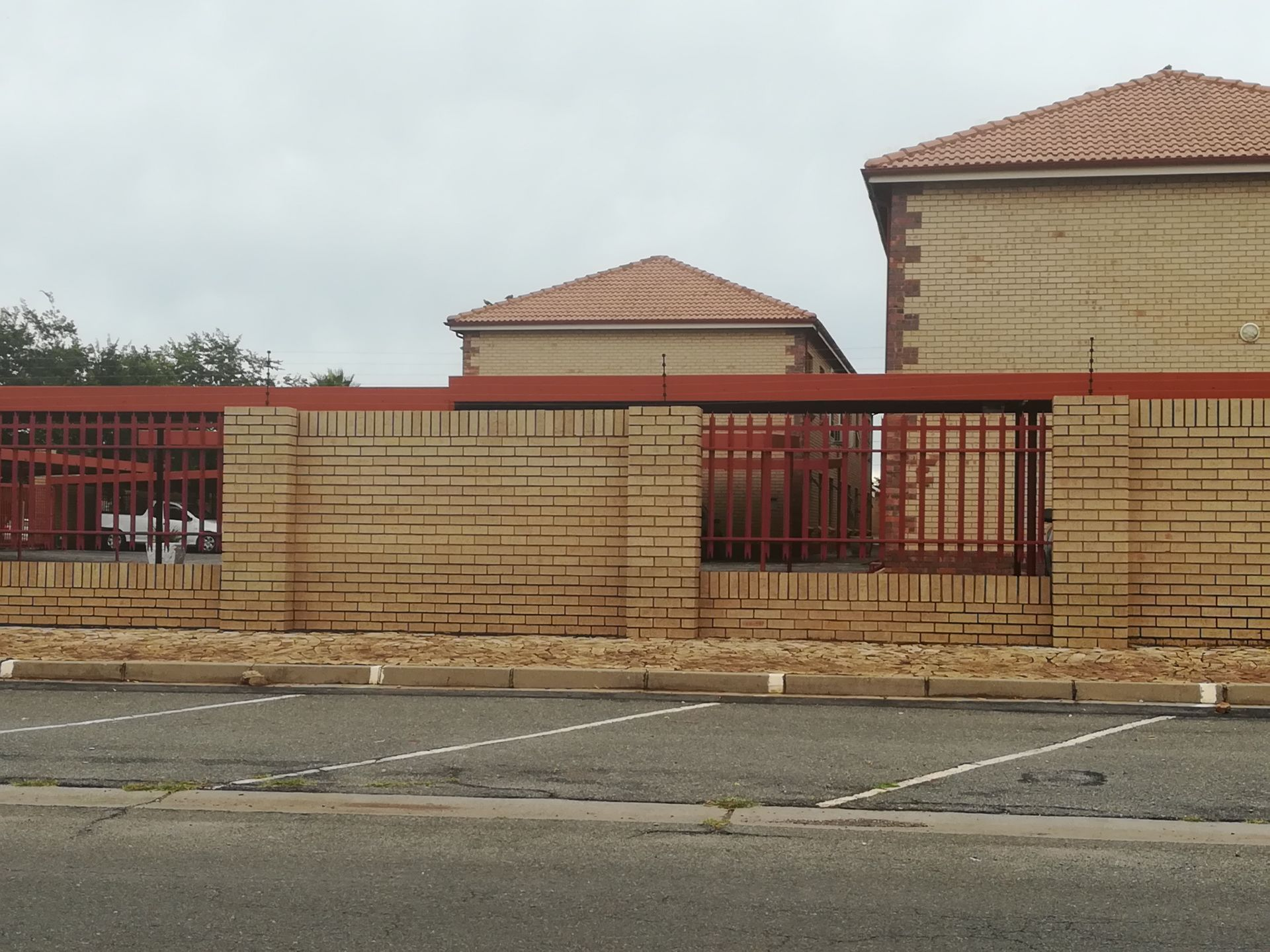 Property and Houses to rent in Dassie Rand, Apartment, 0.5 Bedrooms - ZAR ,  3,00*,M