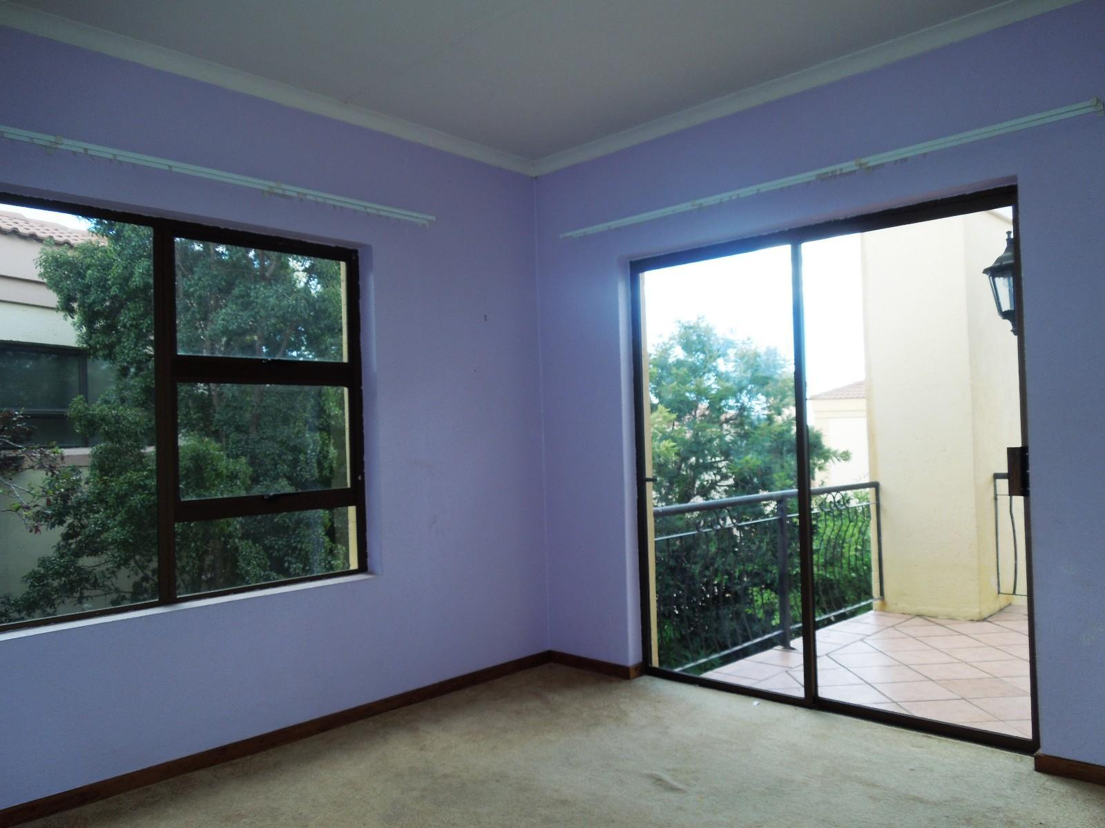 Ruimsig property to rent. Ref No: 12787309. Picture no 11