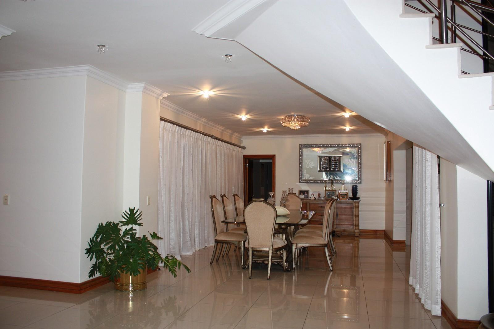 Ruimsig property for sale. Ref No: 12787389. Picture no 4