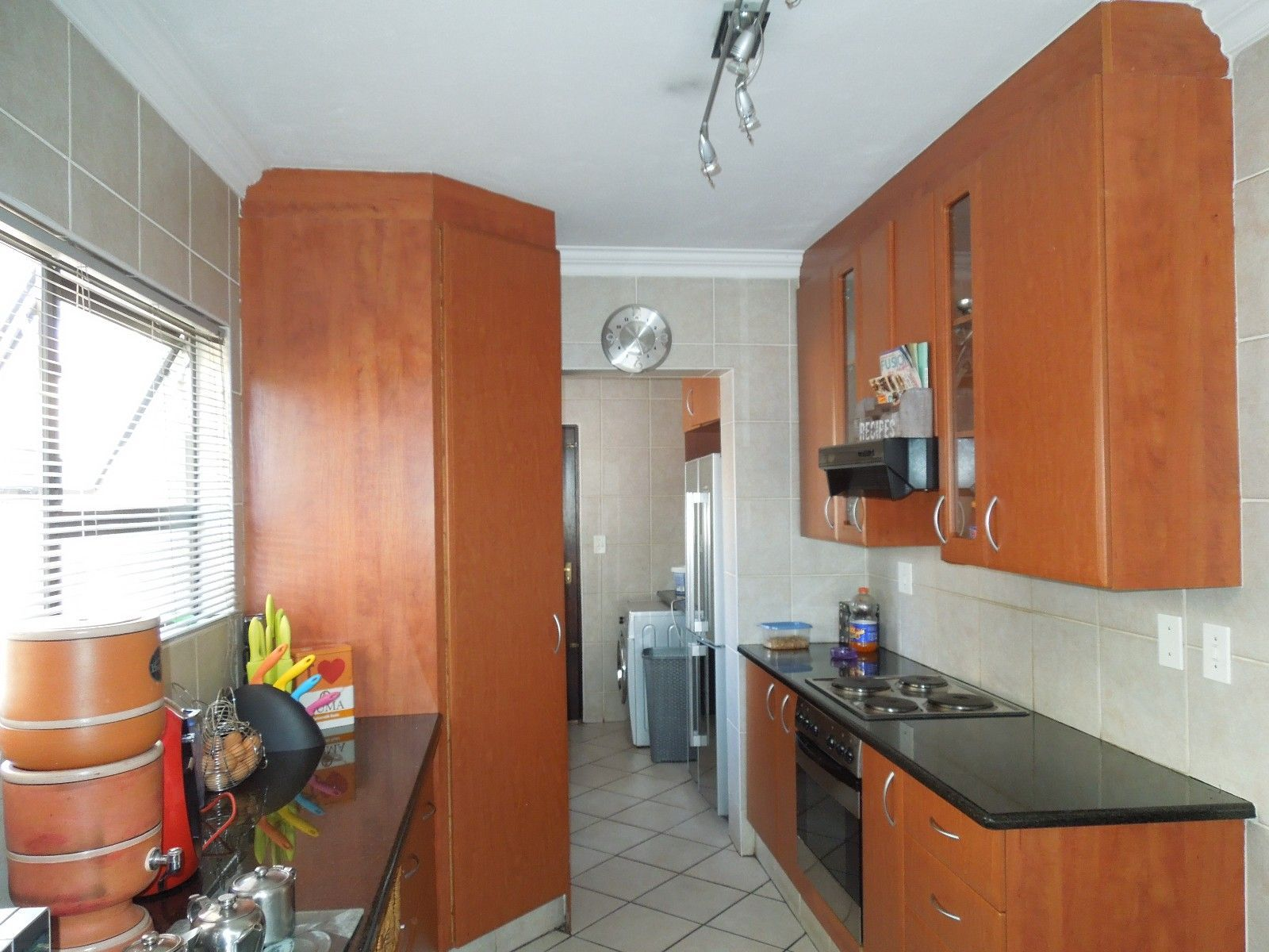 Ruimsig property to rent. Ref No: 13384975. Picture no 2