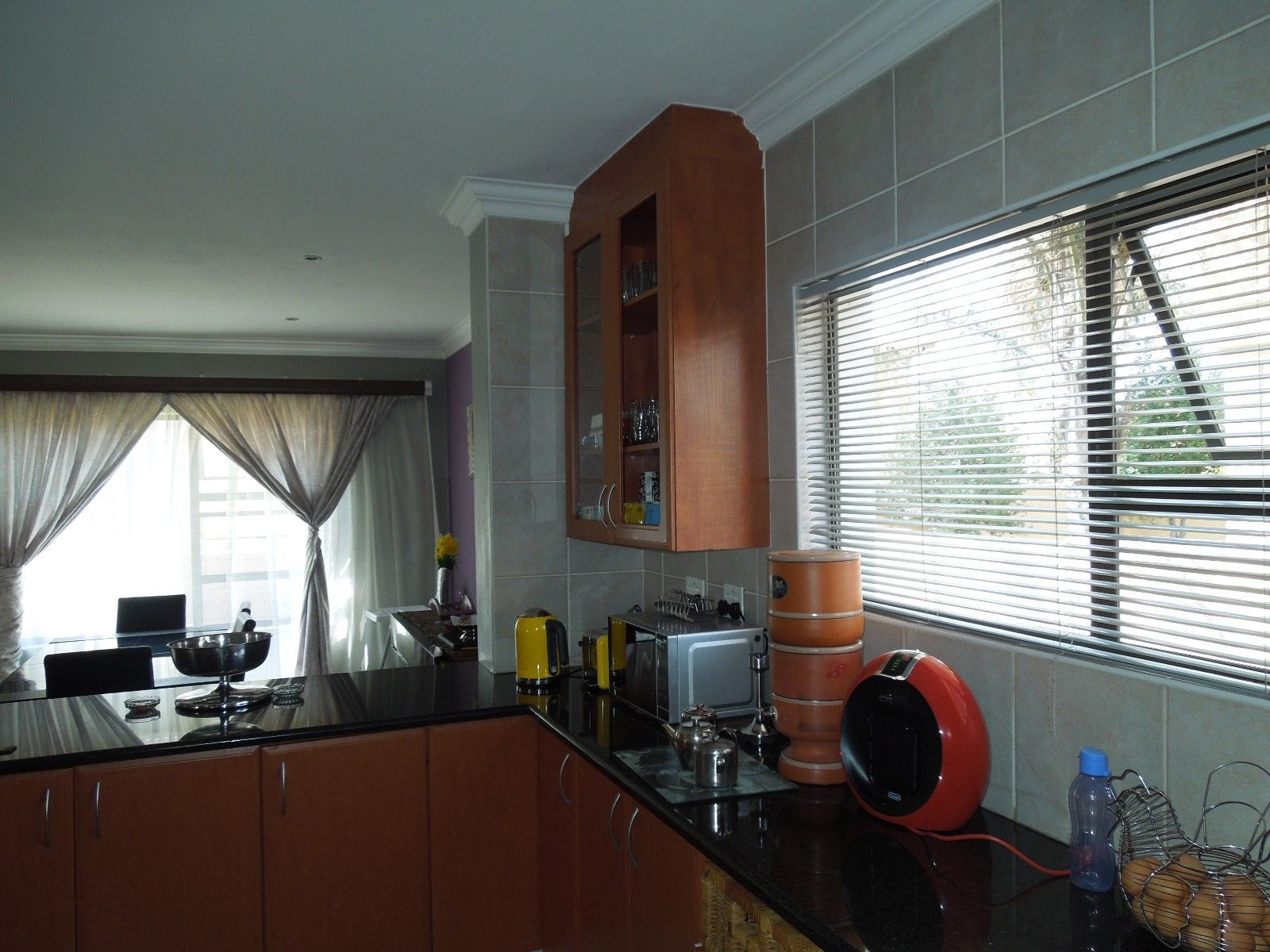 Ruimsig property to rent. Ref No: 13384975. Picture no 4