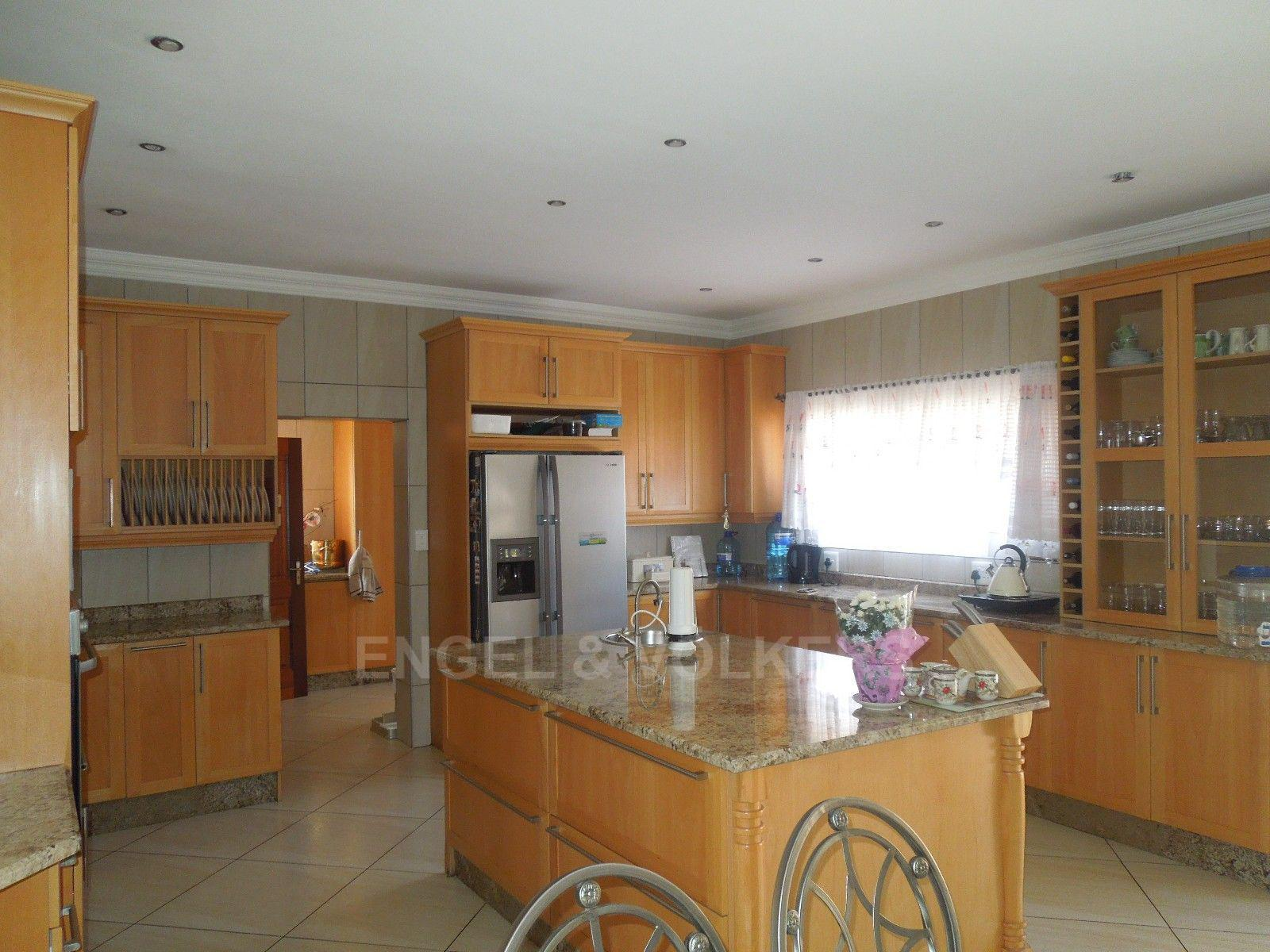 Ruimsig property for sale. Ref No: 13454097. Picture no 6