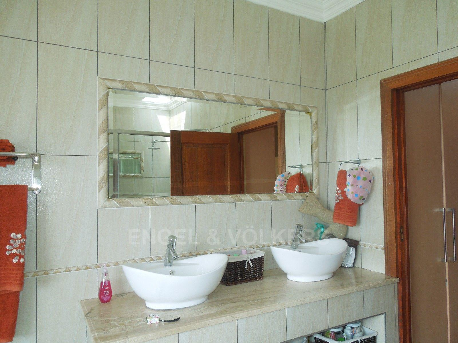 Ruimsig property for sale. Ref No: 13454097. Picture no 21