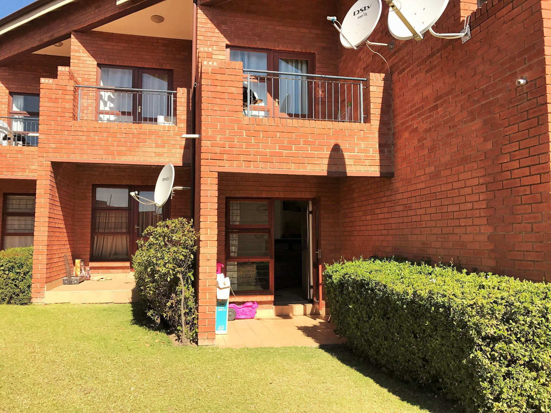Roodepoort, Honeydew Manor Property  | Houses For Sale Honeydew Manor, HONEYDEW MANOR, Apartment 1 bedrooms property for sale Price:399,999